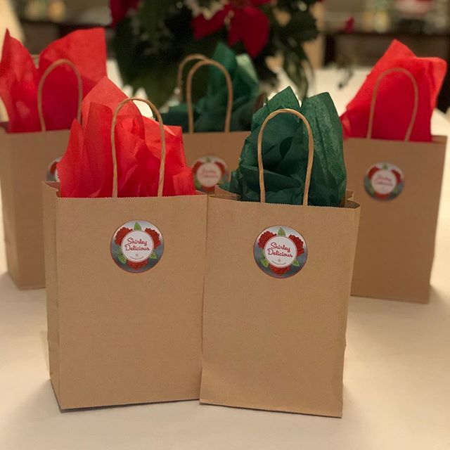 Shirley Delicious Gift Bags!  Need a gift for your child's teacher or a colleague at work? Shirley Delicious gift bags, packed with Toffee and CEJOs are perfect for you! So cute and festive for the Holiday Season! Get yours now at shirley@shirleydelicious.com!  #chocolate #sweet #delicious #shirleydeliciousconfections  #family #girls #treats #back40mercantile #businesswoman #yummy #chocolate #mother #daughter #madewithlove❤️ #connecticutmade #stamfordlocal #englishtoffee #womanowned #handdipped #ctbites #stamfordlocal #weddingfavor #partyfavor