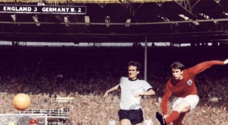 Το σουτ του Geoff Hurst στον τελικό του 1966
