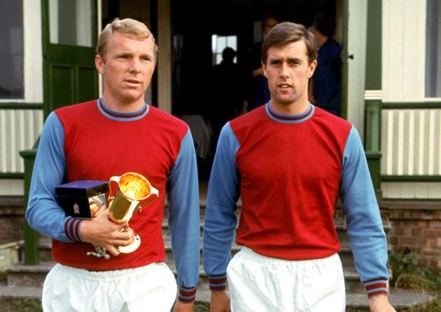 Bobby Moore και Geoff Hurst