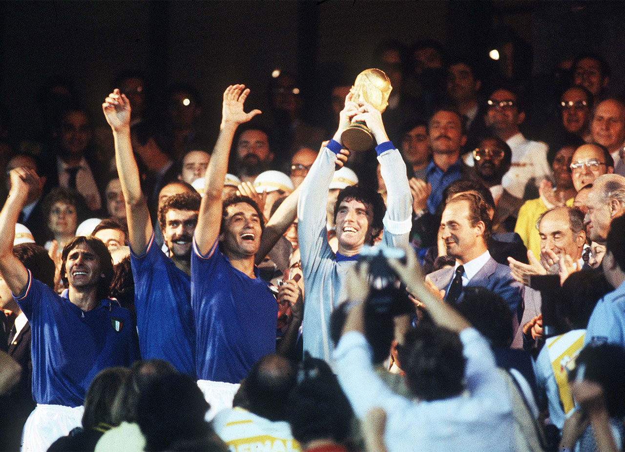 Οι Ιταλοί πανηγυρίζουν την κατάκτηση του Μουντιάλ του 1982