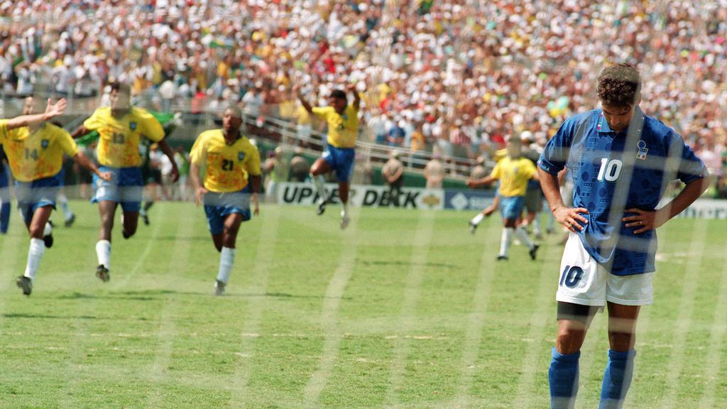 Ο Roberto Baggio μετά το χαμένο πέναλτι του τελικού του 1994