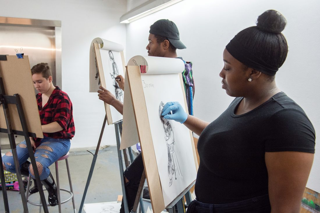 students-drawing-figures-1100x733.jpg