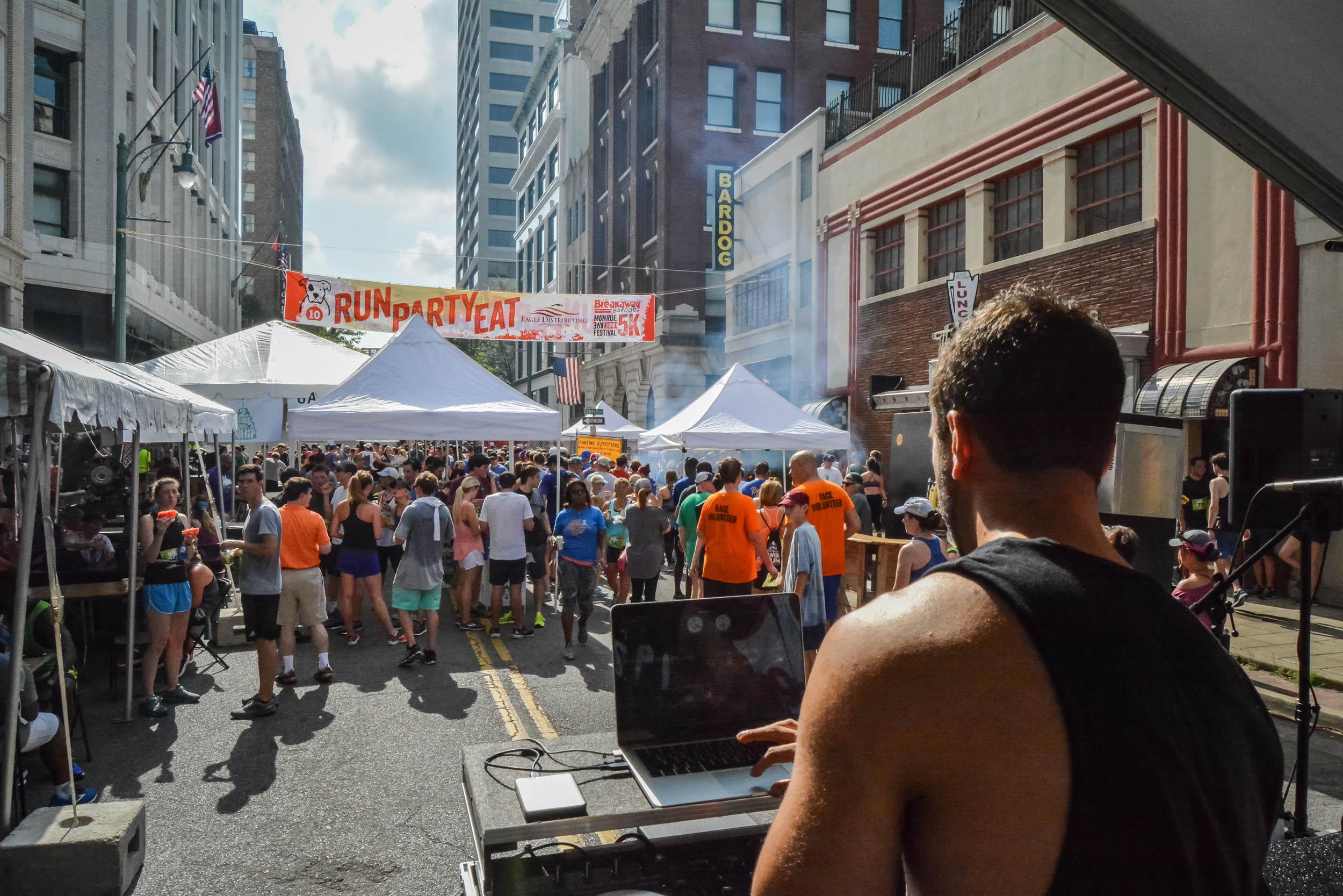 Monroe Avenue Festival Bardog Block Party 0007.jpg