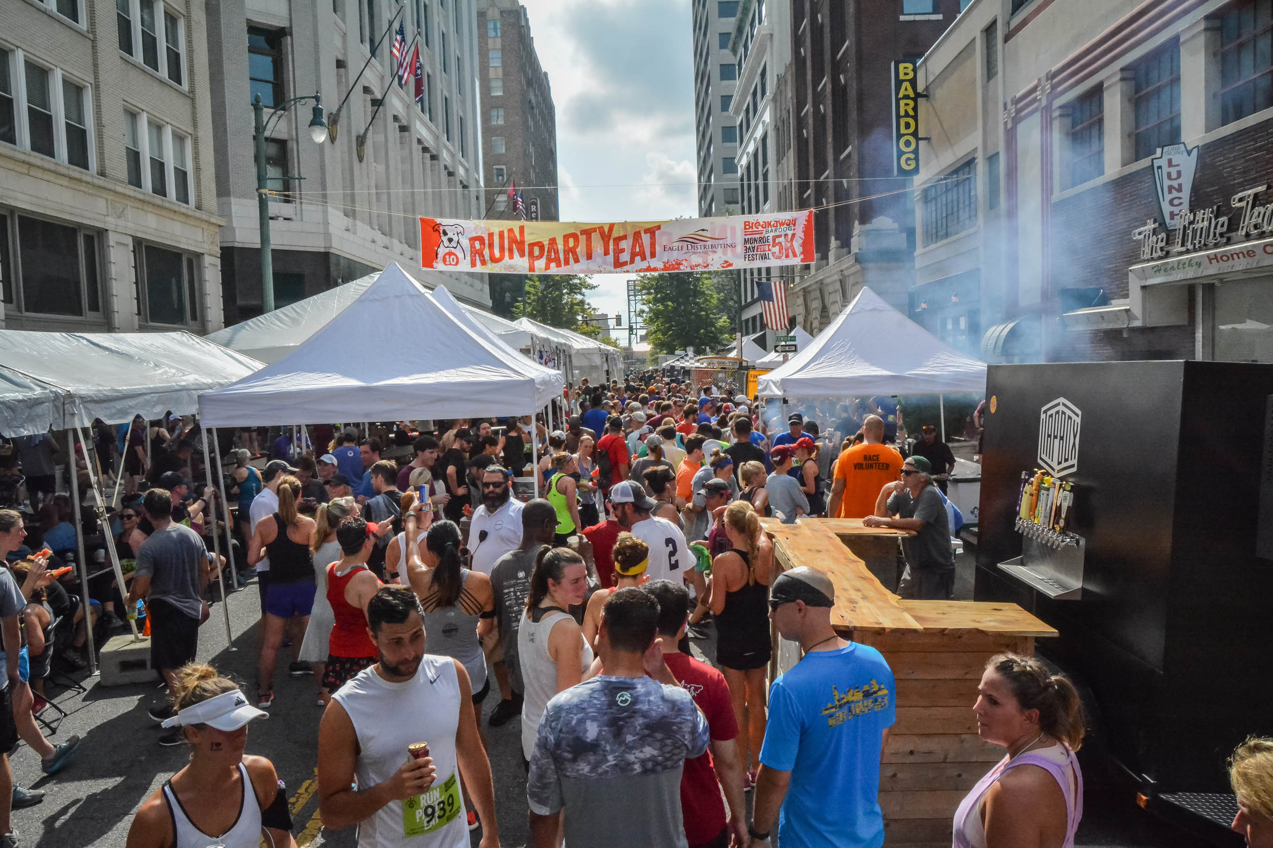 Monroe Avenue Festival Bardog Block Party 0008.jpg