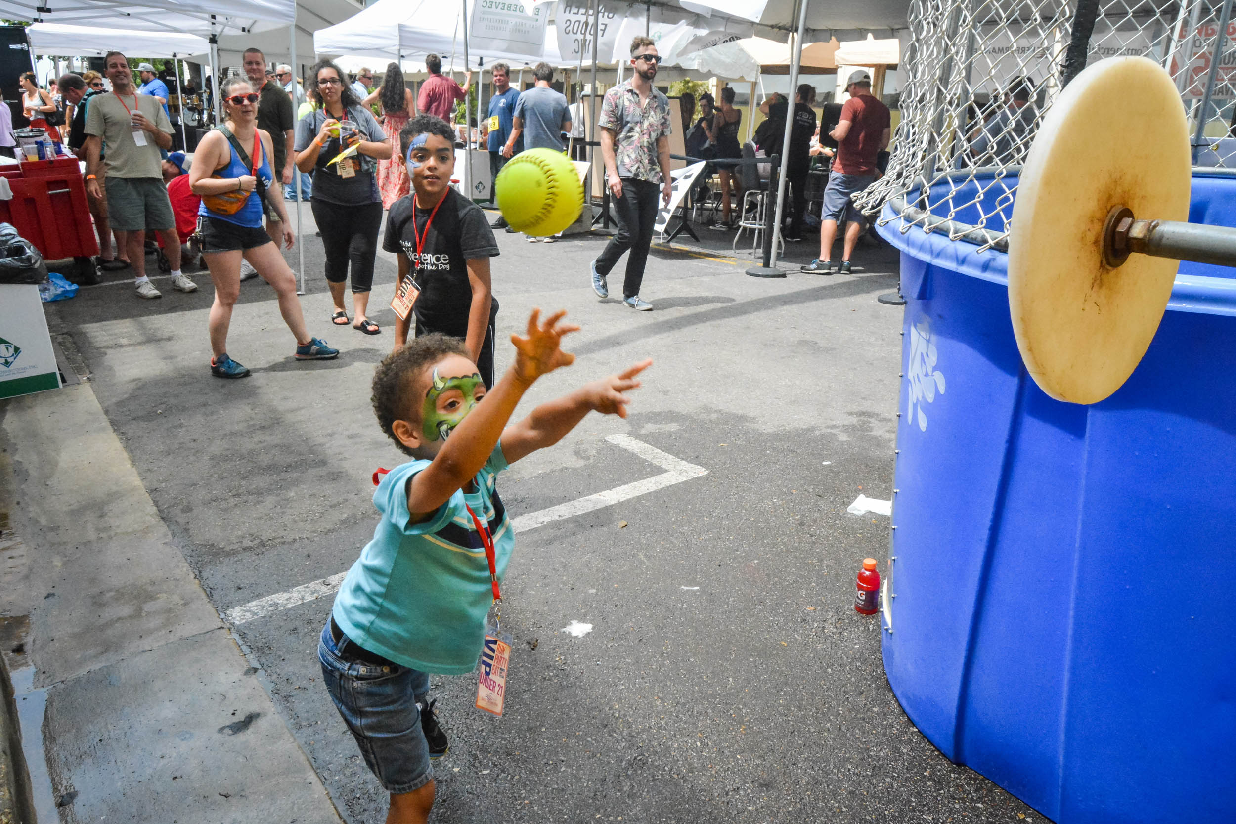 Monroe Avenue Festival Bardog Block Party 0157.jpg