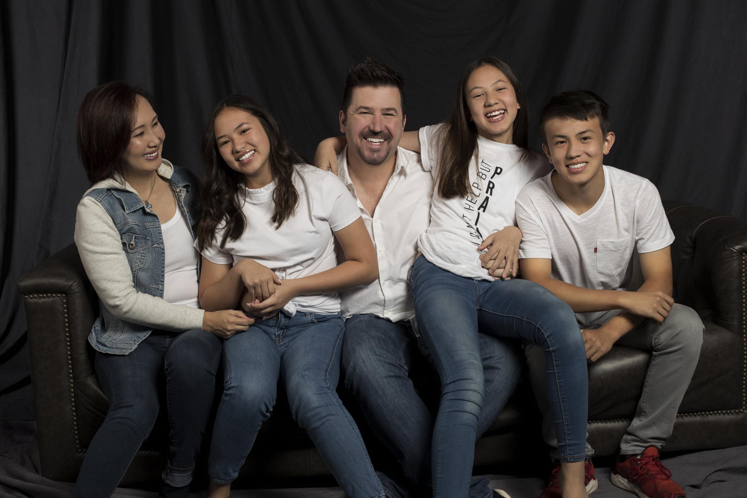 Family Photobar_4.jpg