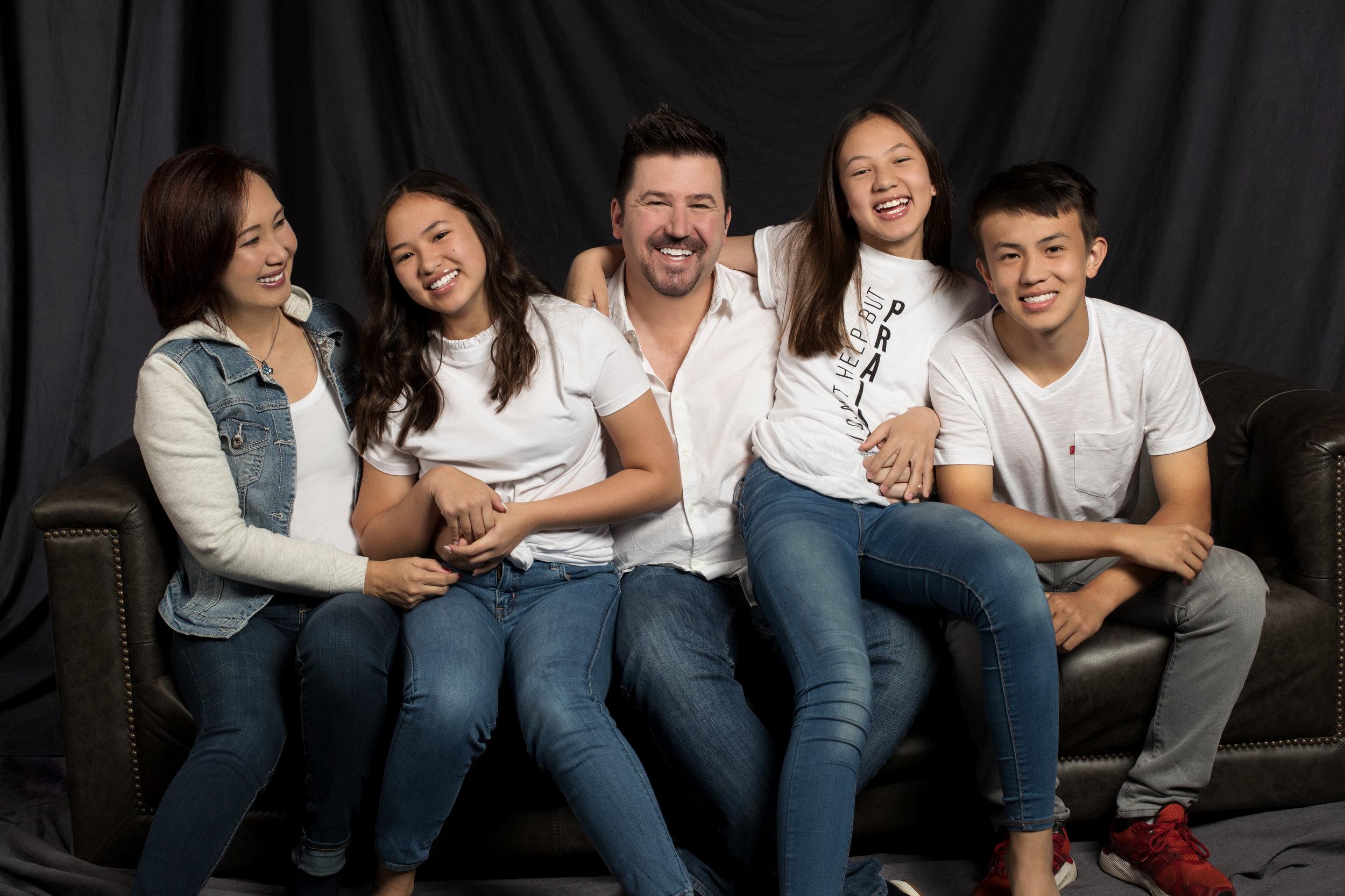 Family Photobar_3.jpg