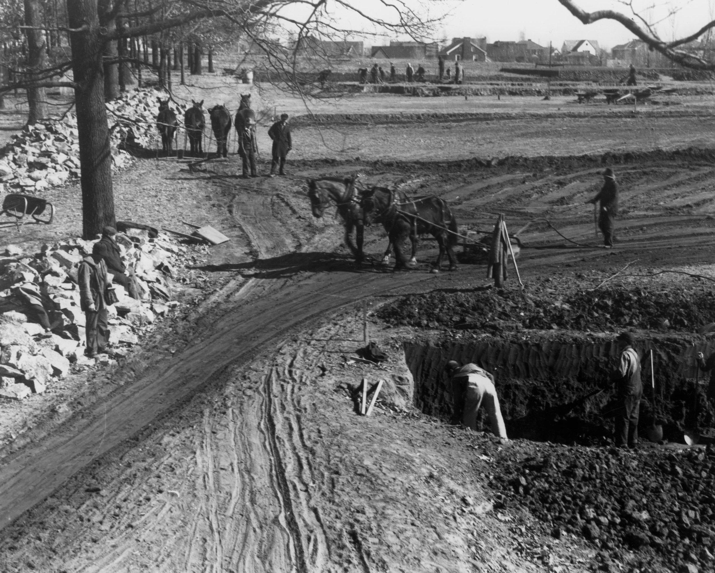 Tulsa Rose Garden construction (1933)