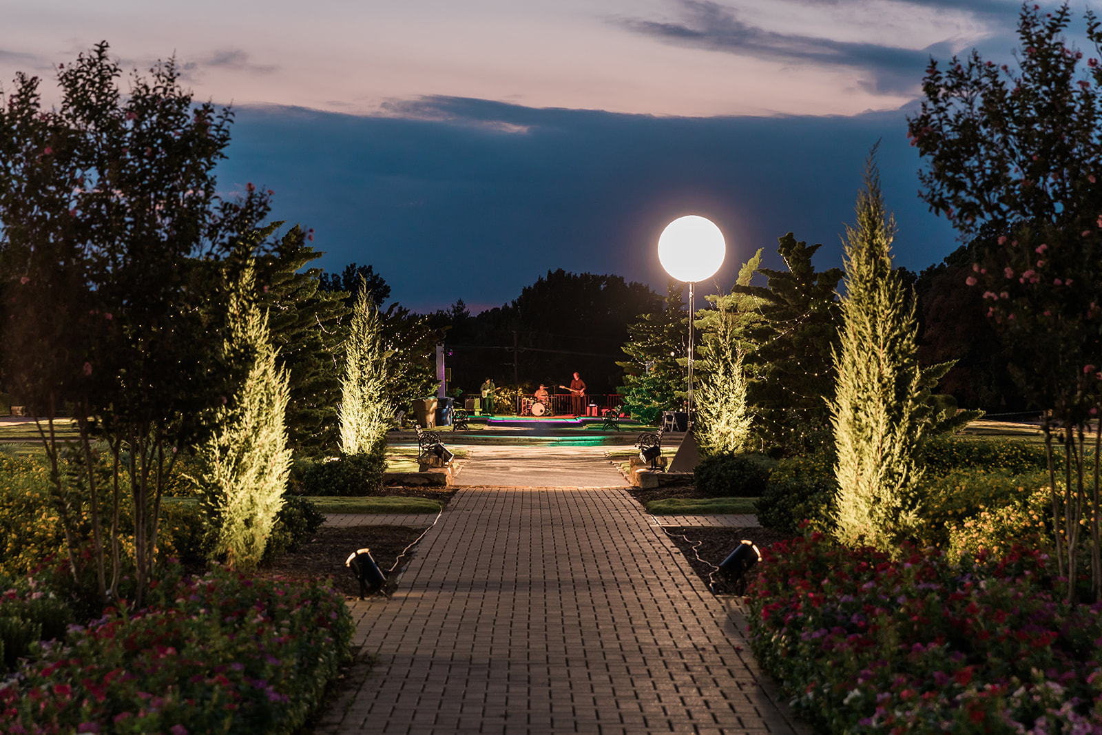 The Tulsa Rose Garden is even more romantic in the evening.