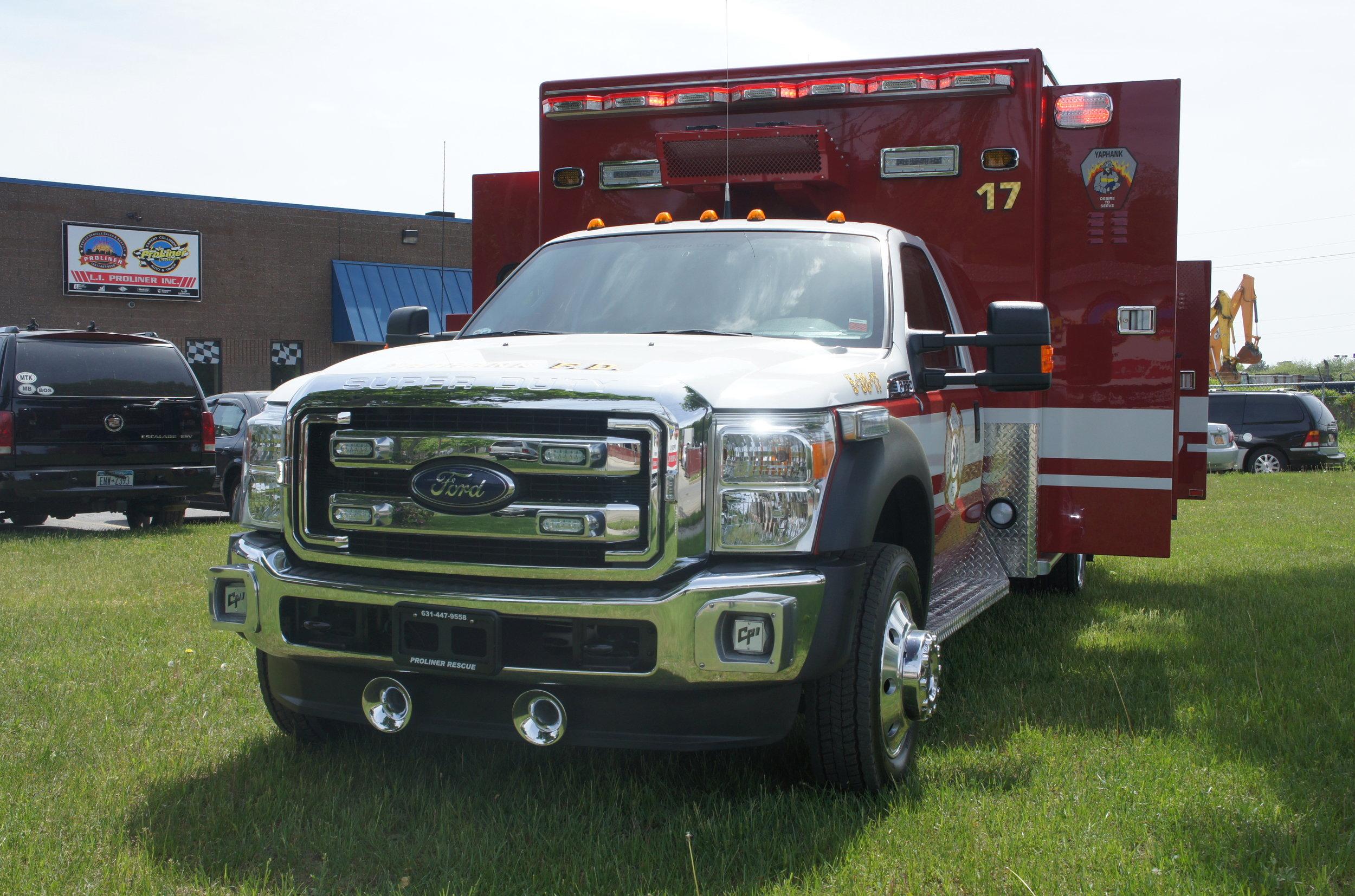 00E-Ambulances.jpg