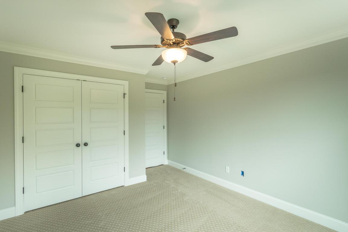 7862-eden-ct-bedroom-05.jpeg
