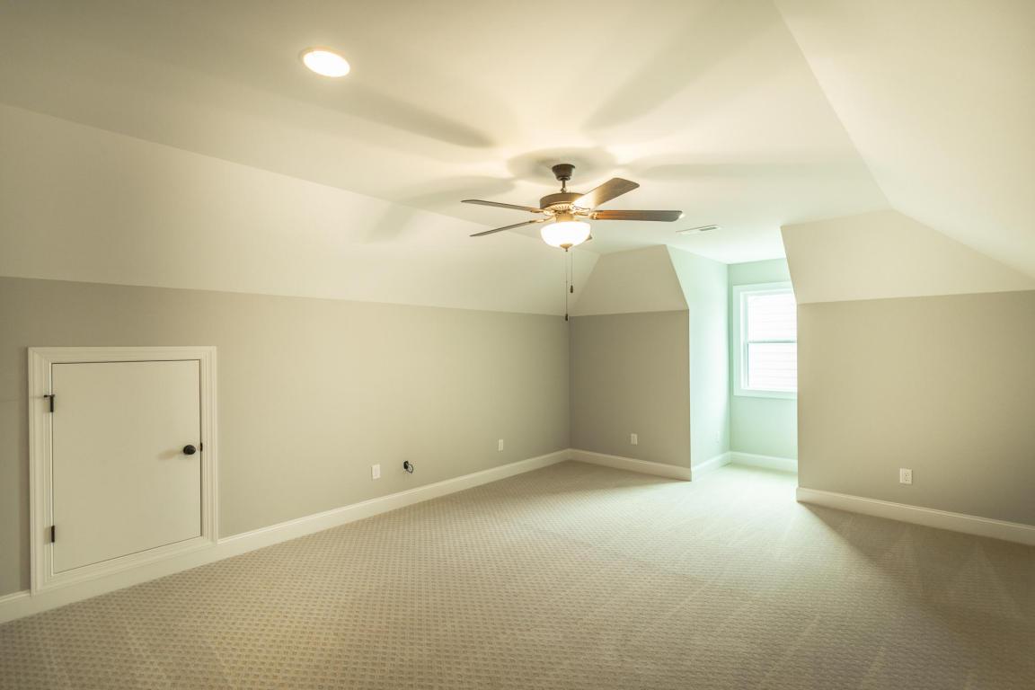 7862-eden-ct-bedroom-06.jpeg