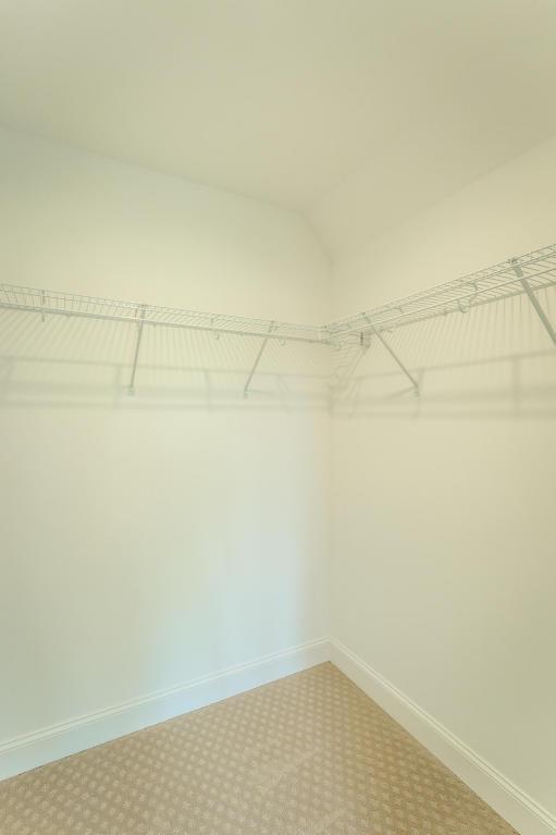 7862-eden-ct-walkin-closet-02.jpeg