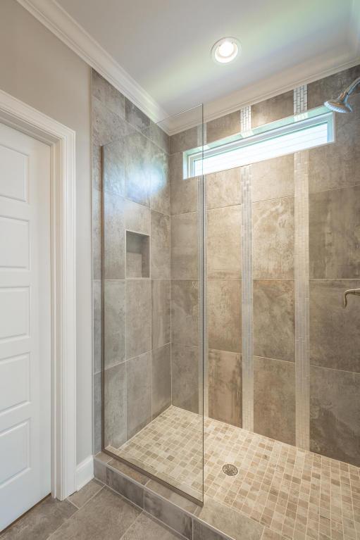 7855-eden-ct-bathroom-03.jpeg