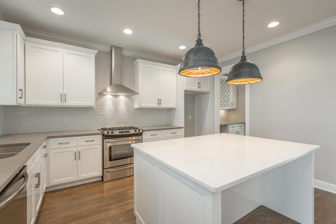 7855-eden-ct-kitchen-06.jpeg