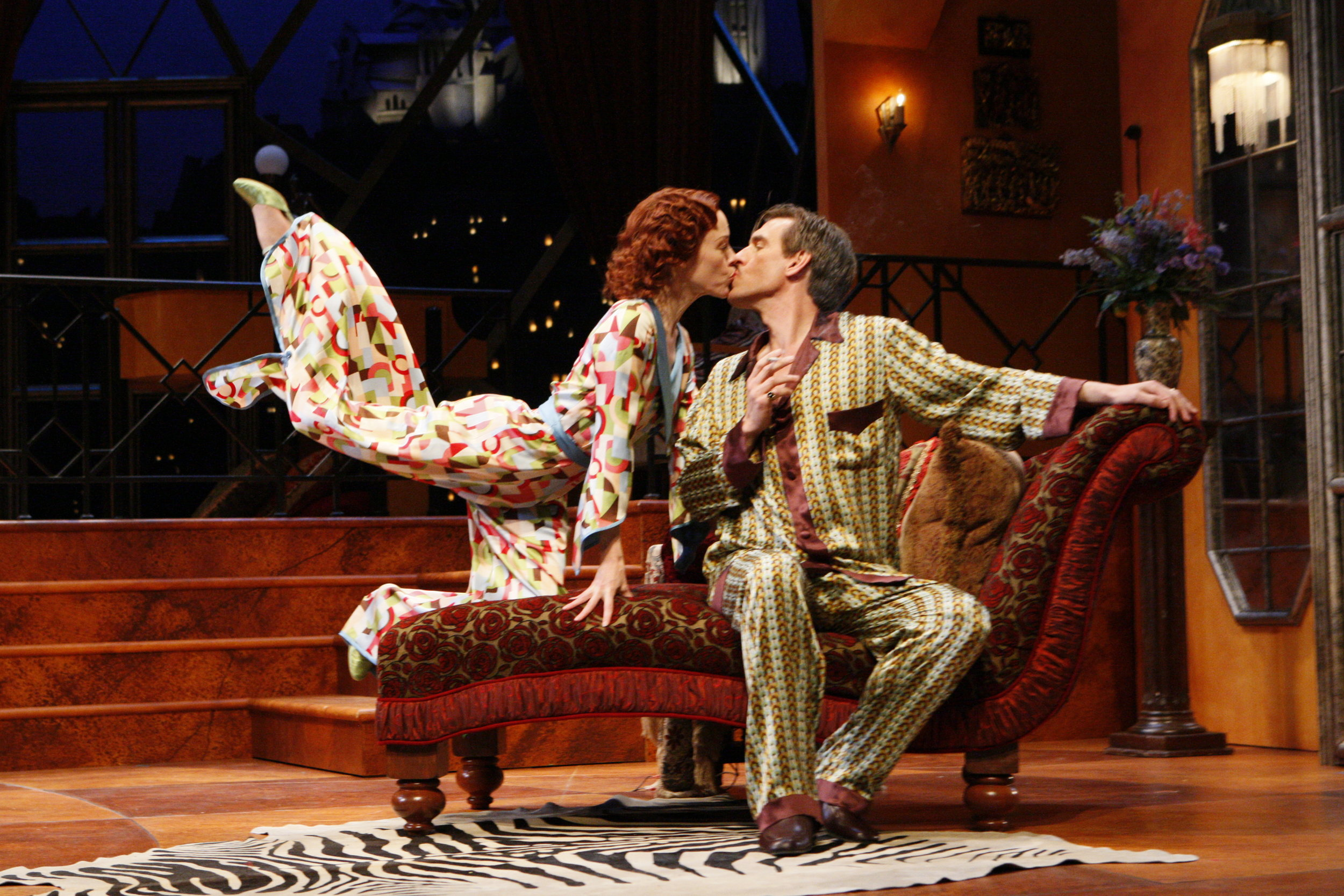 PRIVATE LIVES, Guthrie Theater, Proscenium Stage, 2007