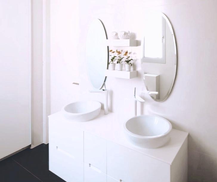 Bathroom - 2.jpg