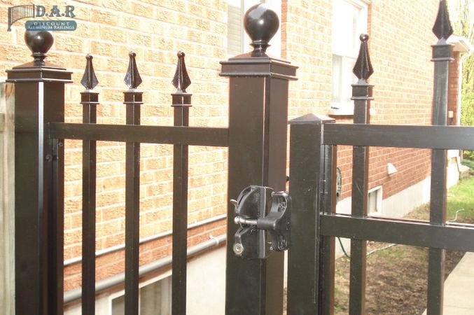 decorative_aluminum_railings_and_fencings_036.jpg
