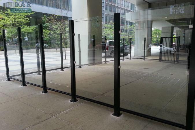 patio_glass_fence.jpg