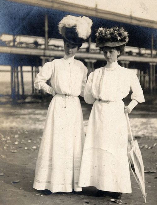 1895-white-dress-beach-ladies-500x655.jpg