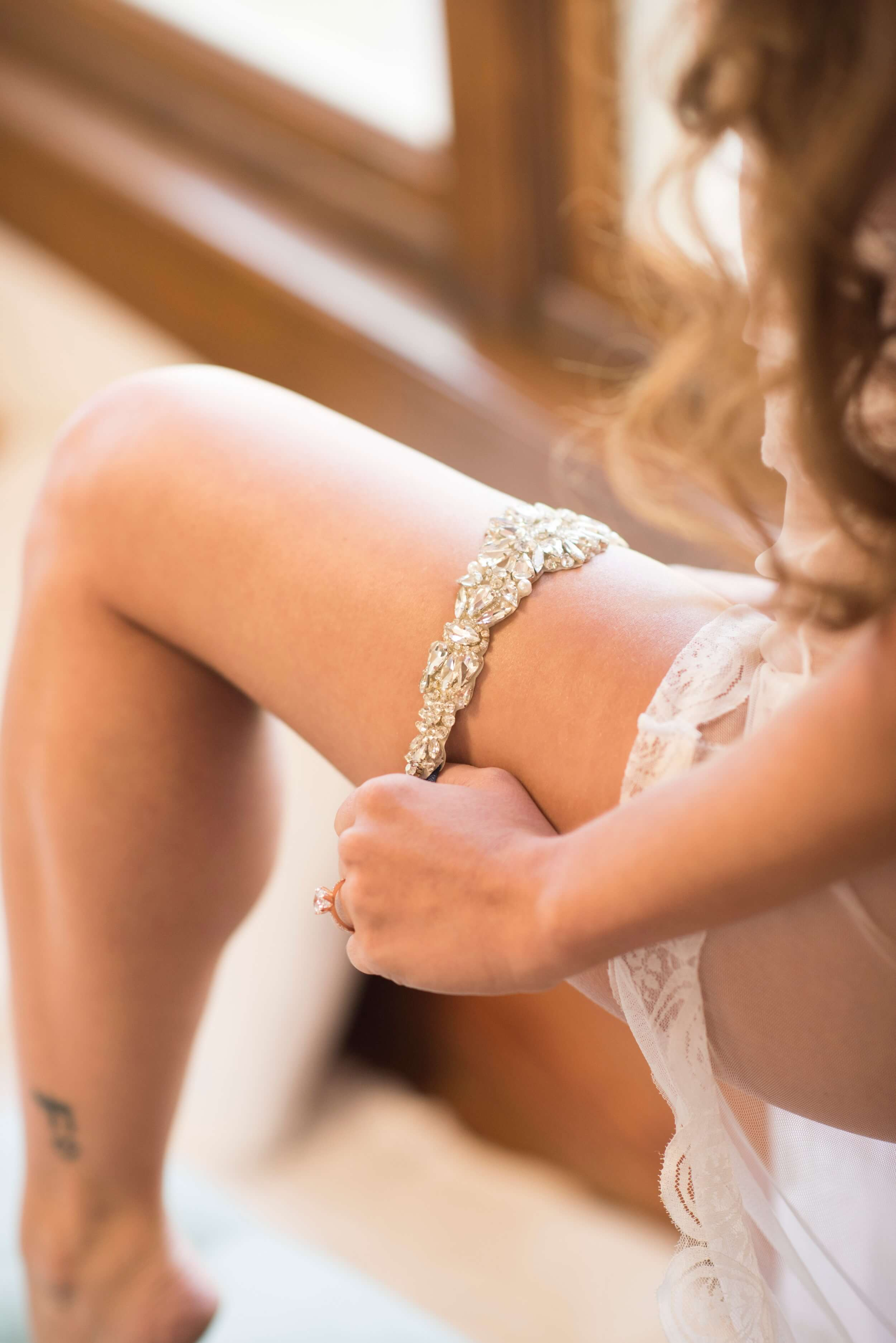 Bridal Boudoir by Graciela Valdes Photography (4).jpg