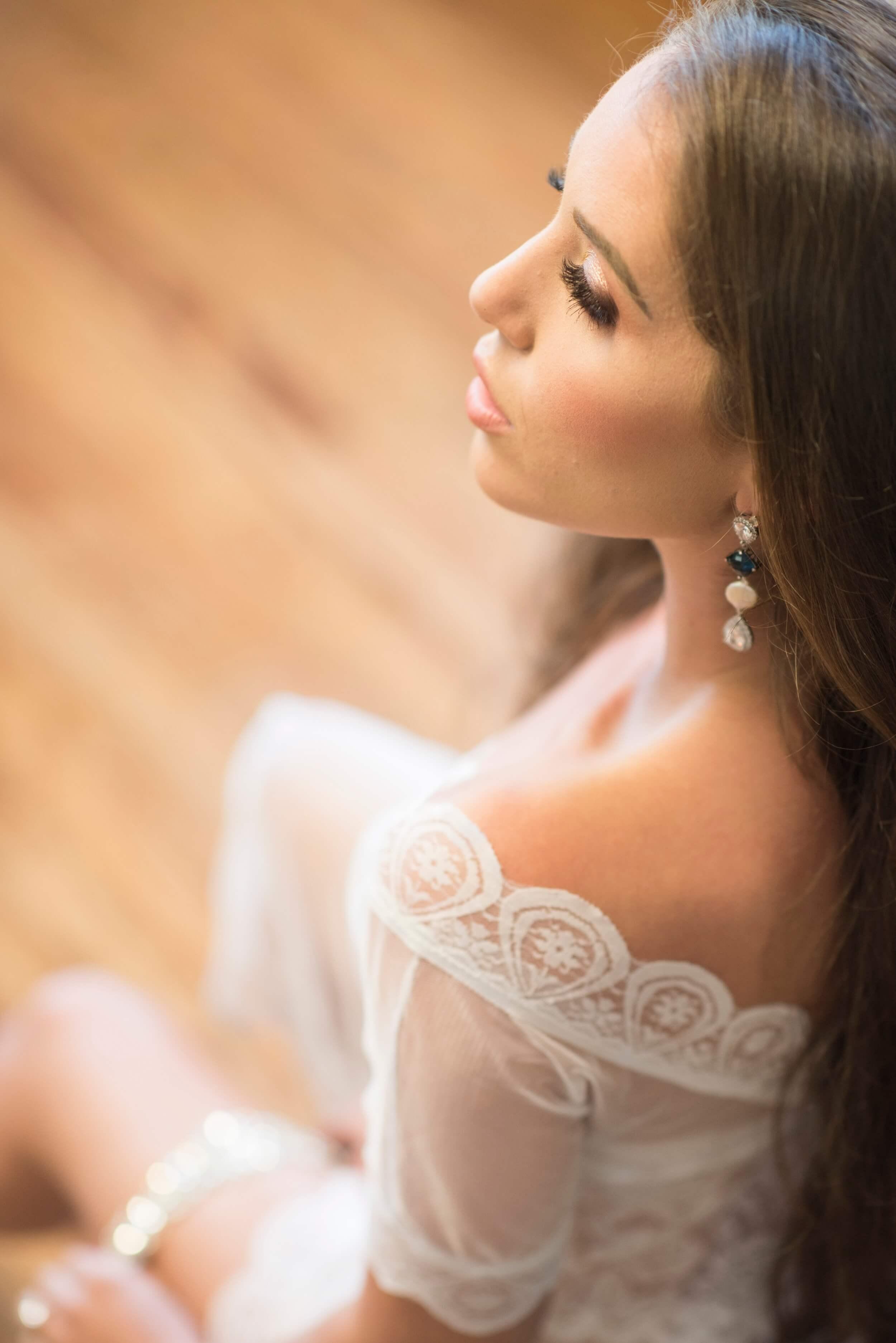 Bridal Boudoir by Graciela Valdes Photography (8).jpg