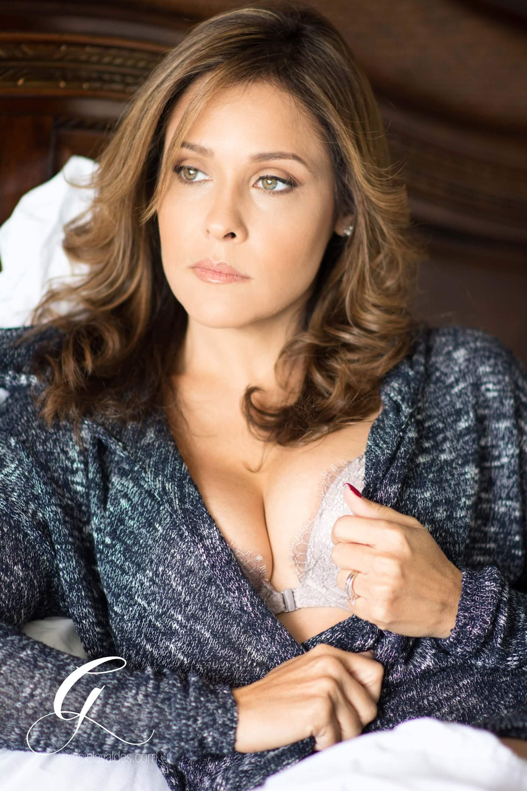 Celebrate LIfe boudoir Graciela Valdes1.jpg