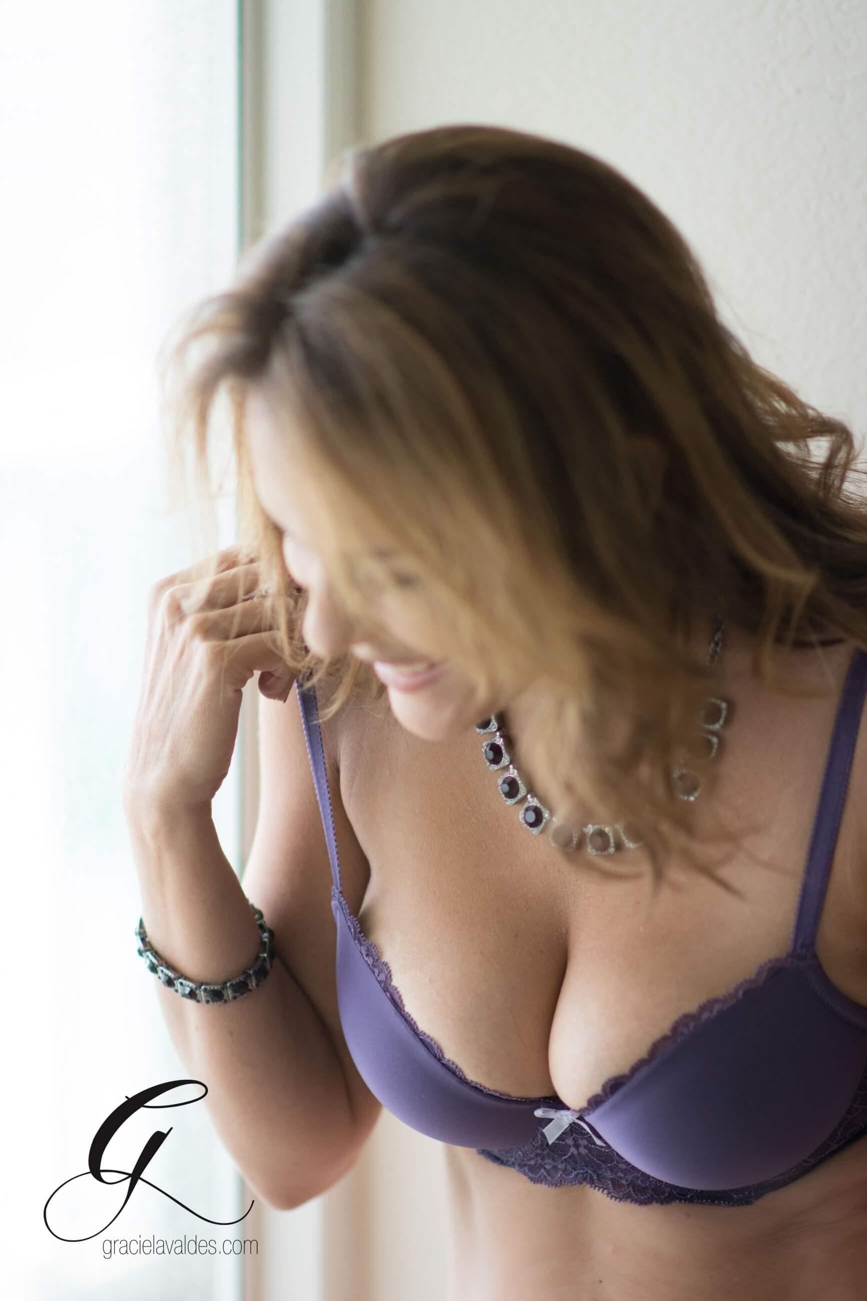 Celebrate LIfe boudoir Graciela Valdes7.jpg