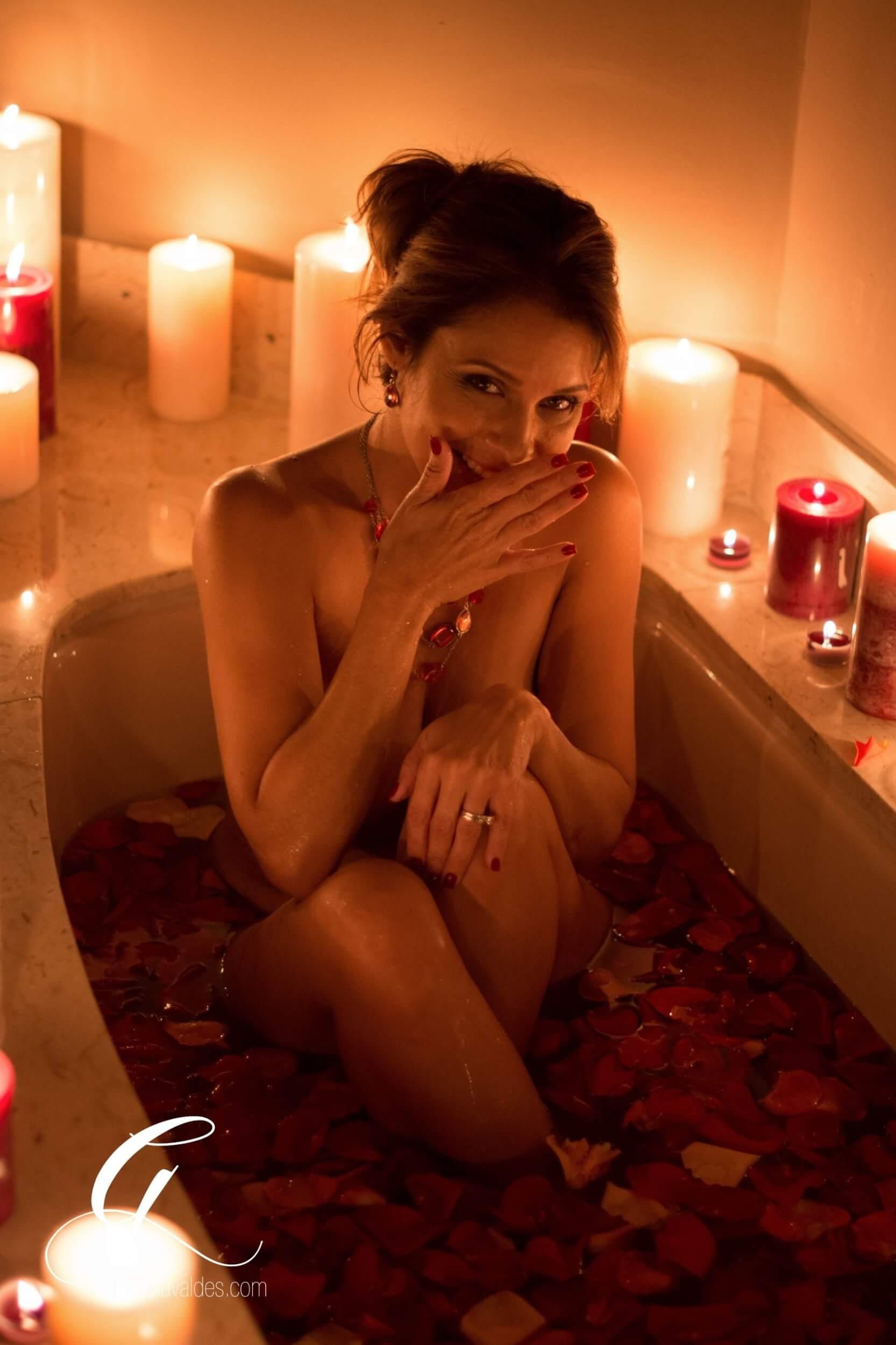 Bathtub Boudoir by Graciela Valdes.jpg