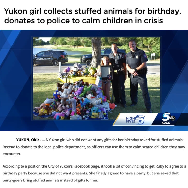 Girl Donates Stuffed Animals to Police
