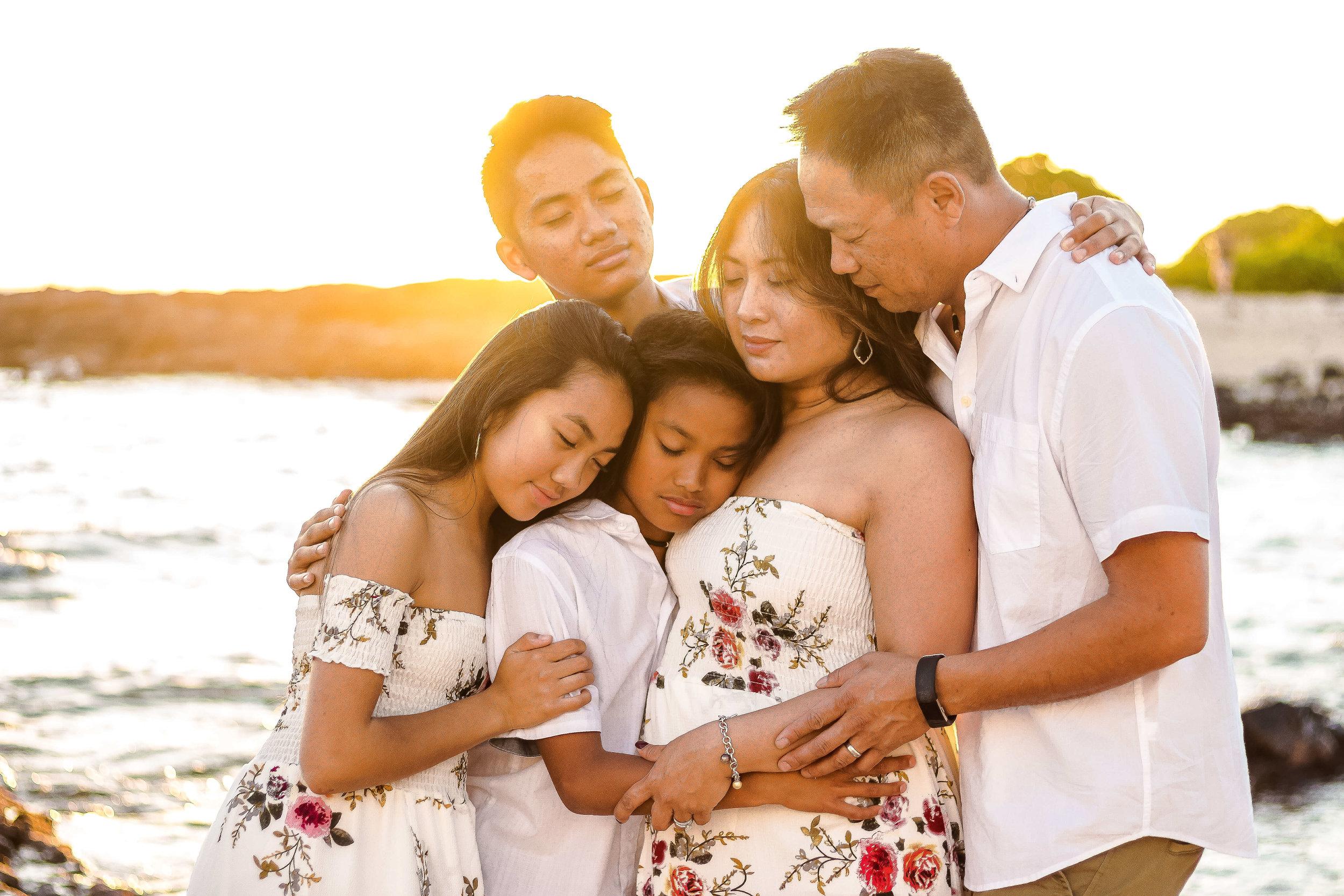 big island vacation family sunset photos kona hawaii beach photographer.jpg