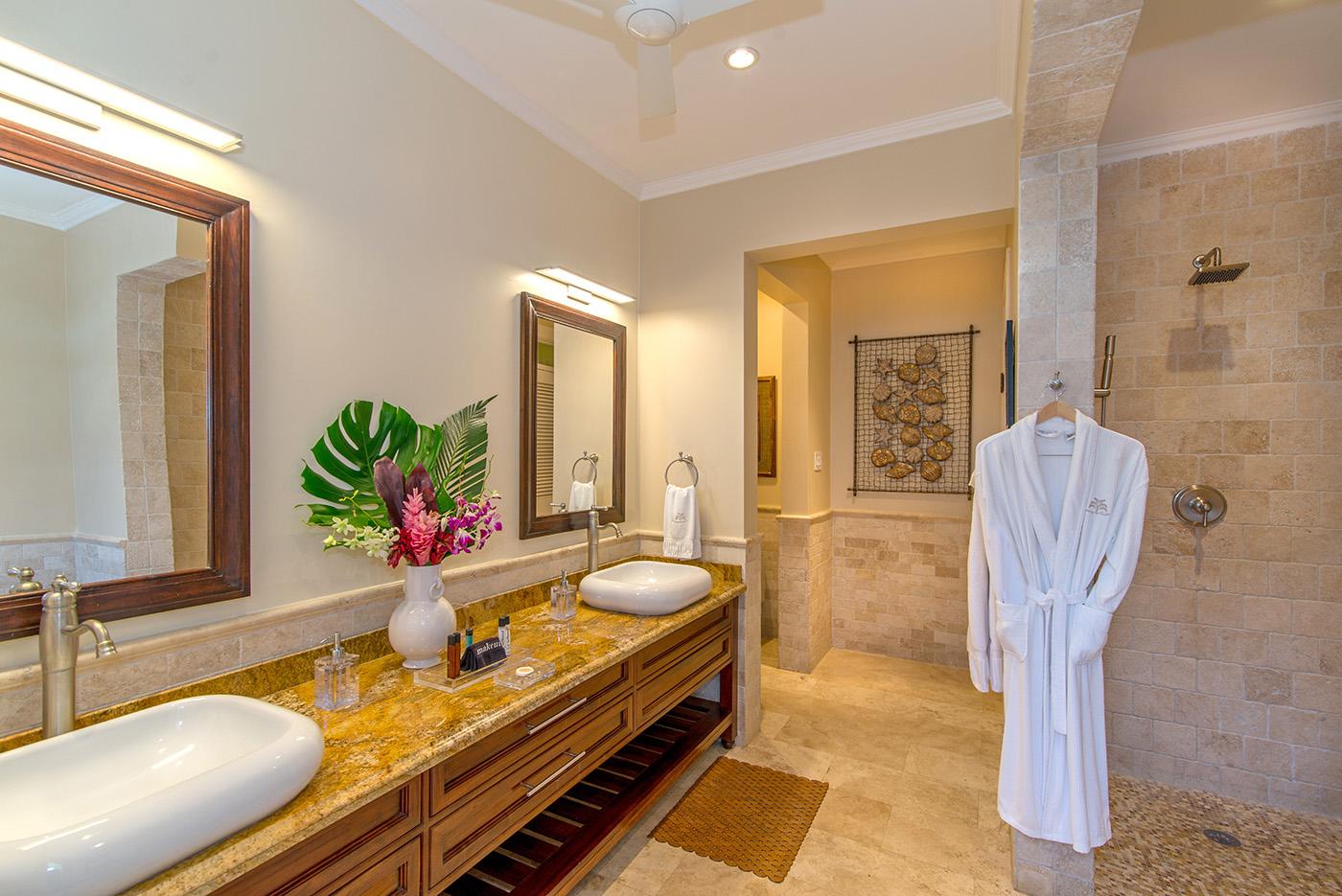 Negril En Suite Bath