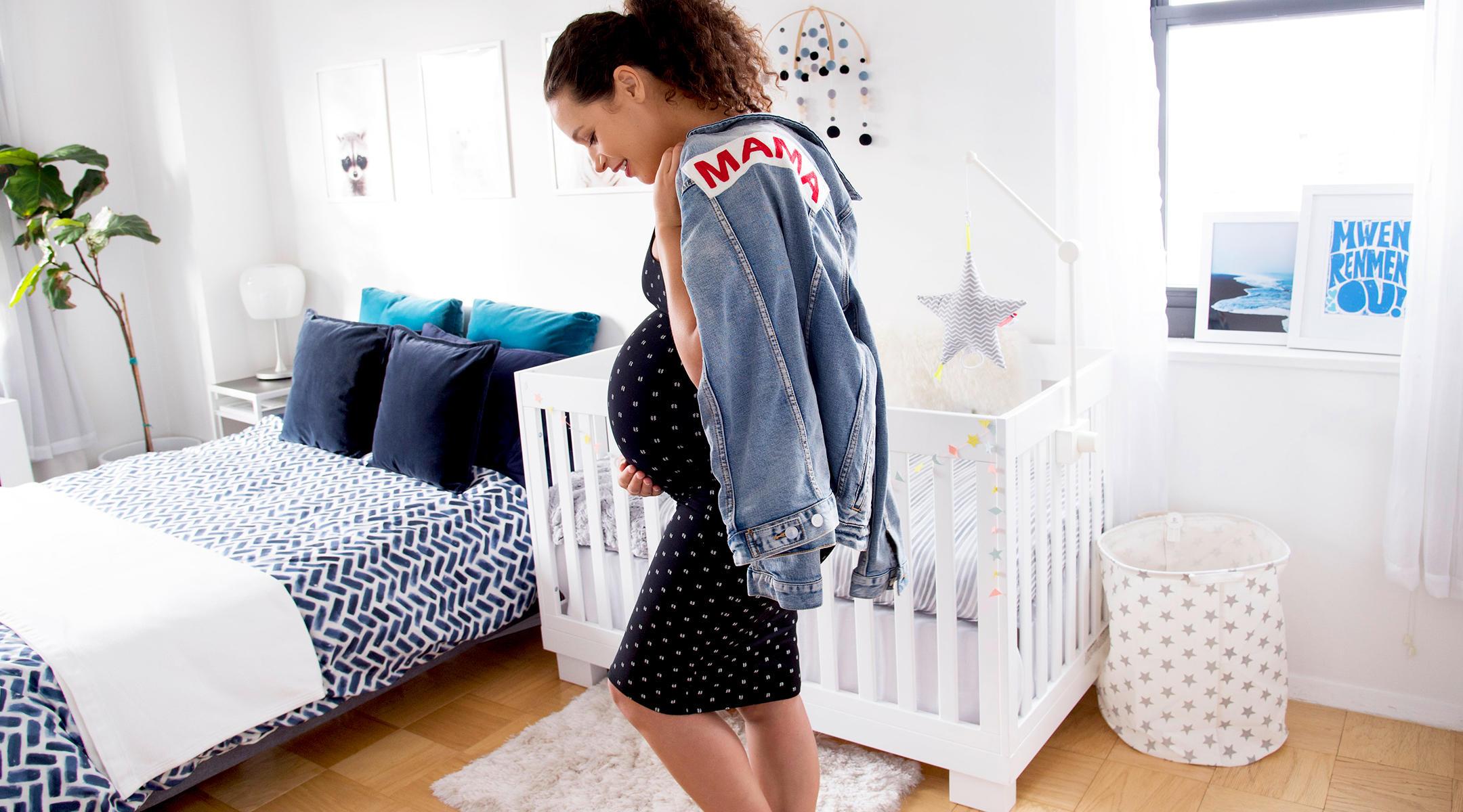 Mama Denim Jacket • Ingrid & Isabel Maternity • @erin_doulight