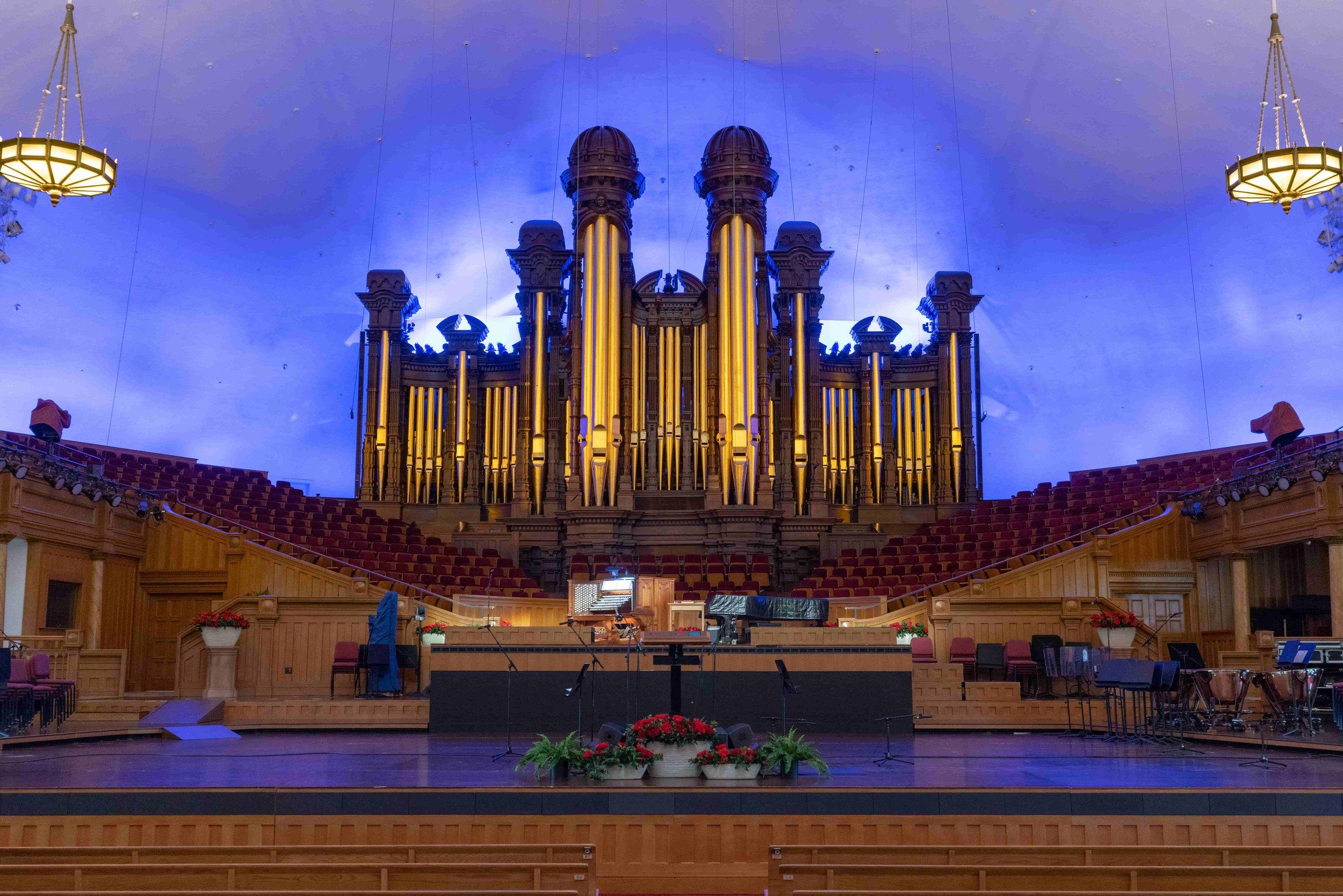 Salt Lake Tabernacle pipe organ has 11,623 pipes!