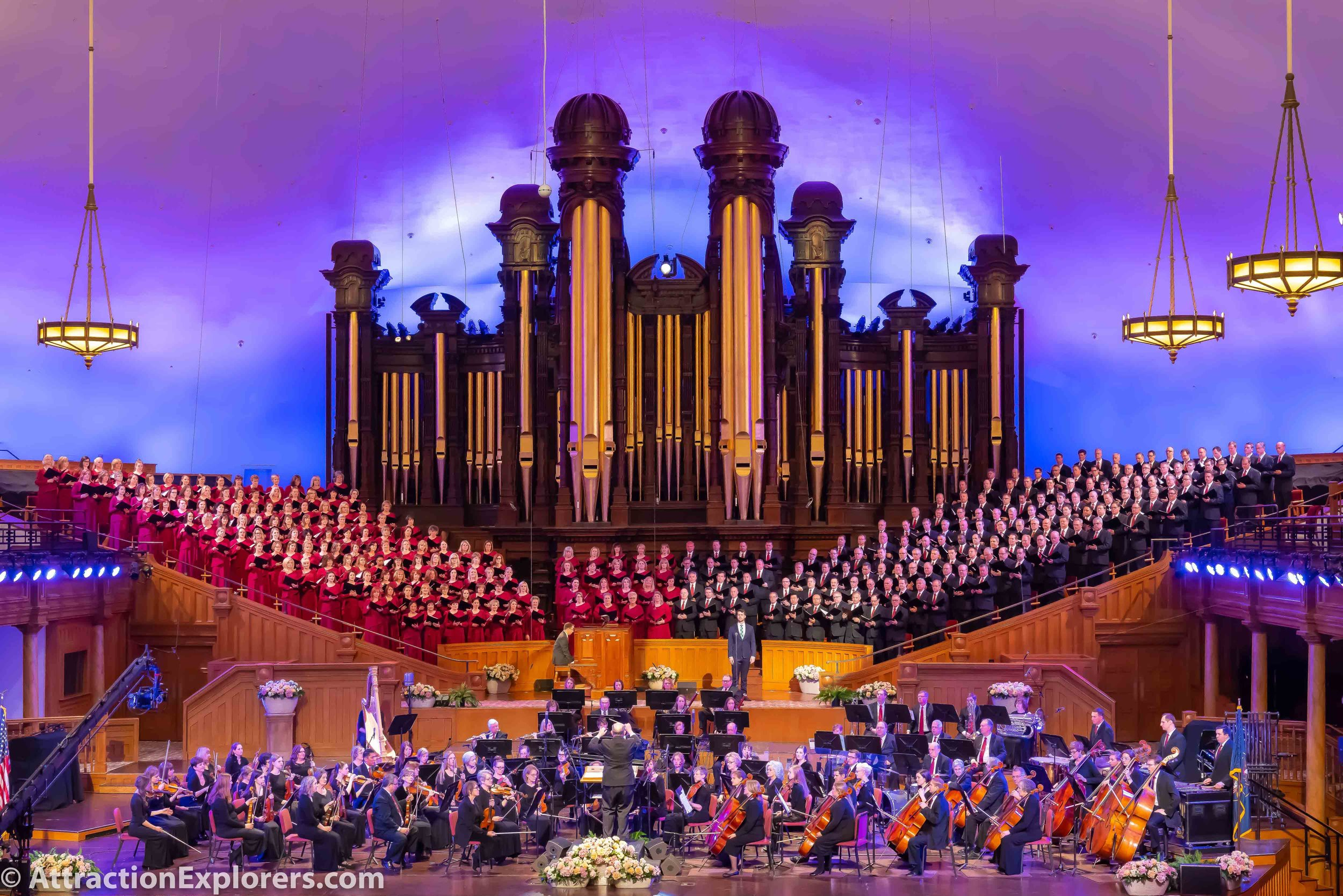 Mormon Tabernacle Choir concert and bus tour in Salt Lake City