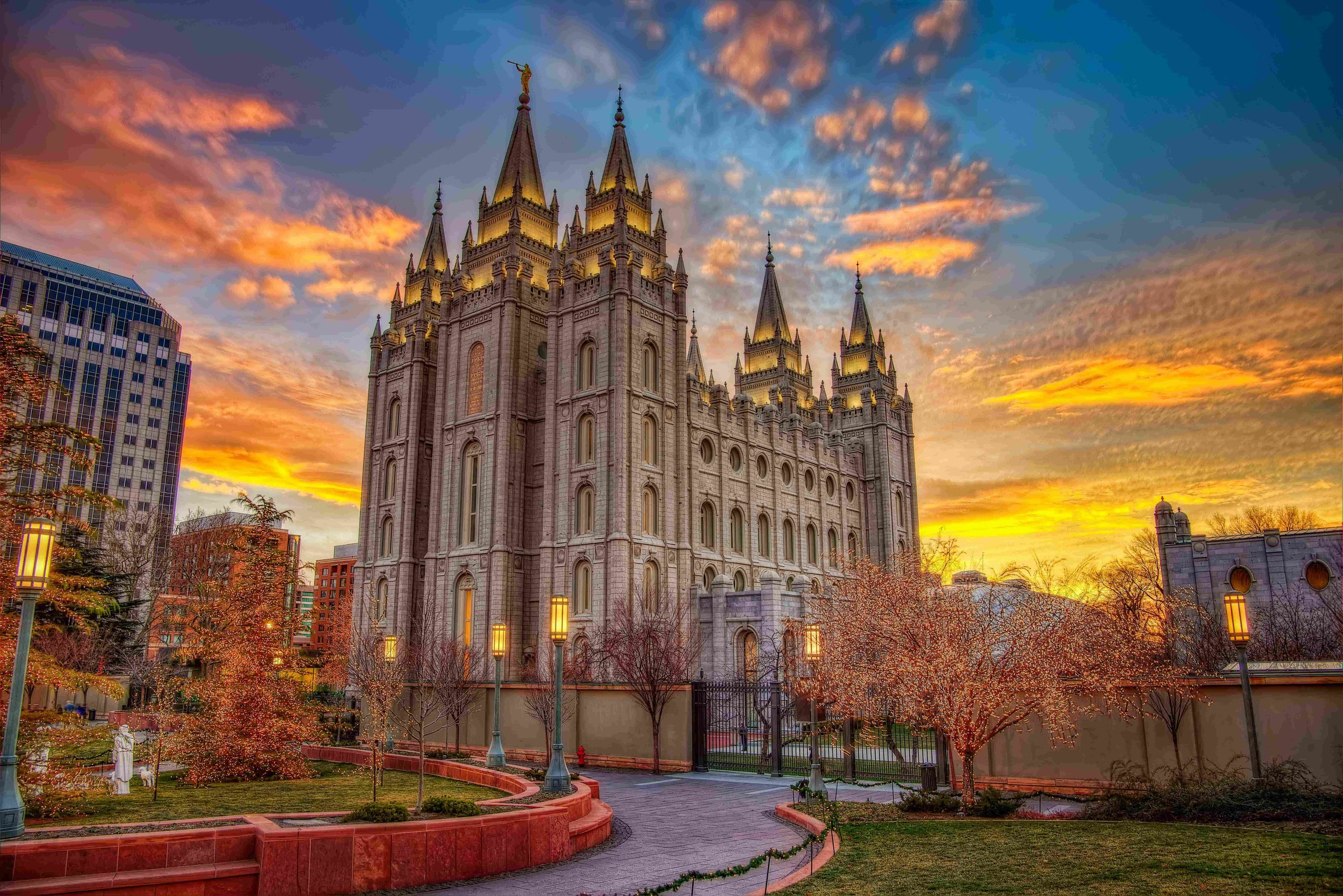 Walking tour of Salt Lake City