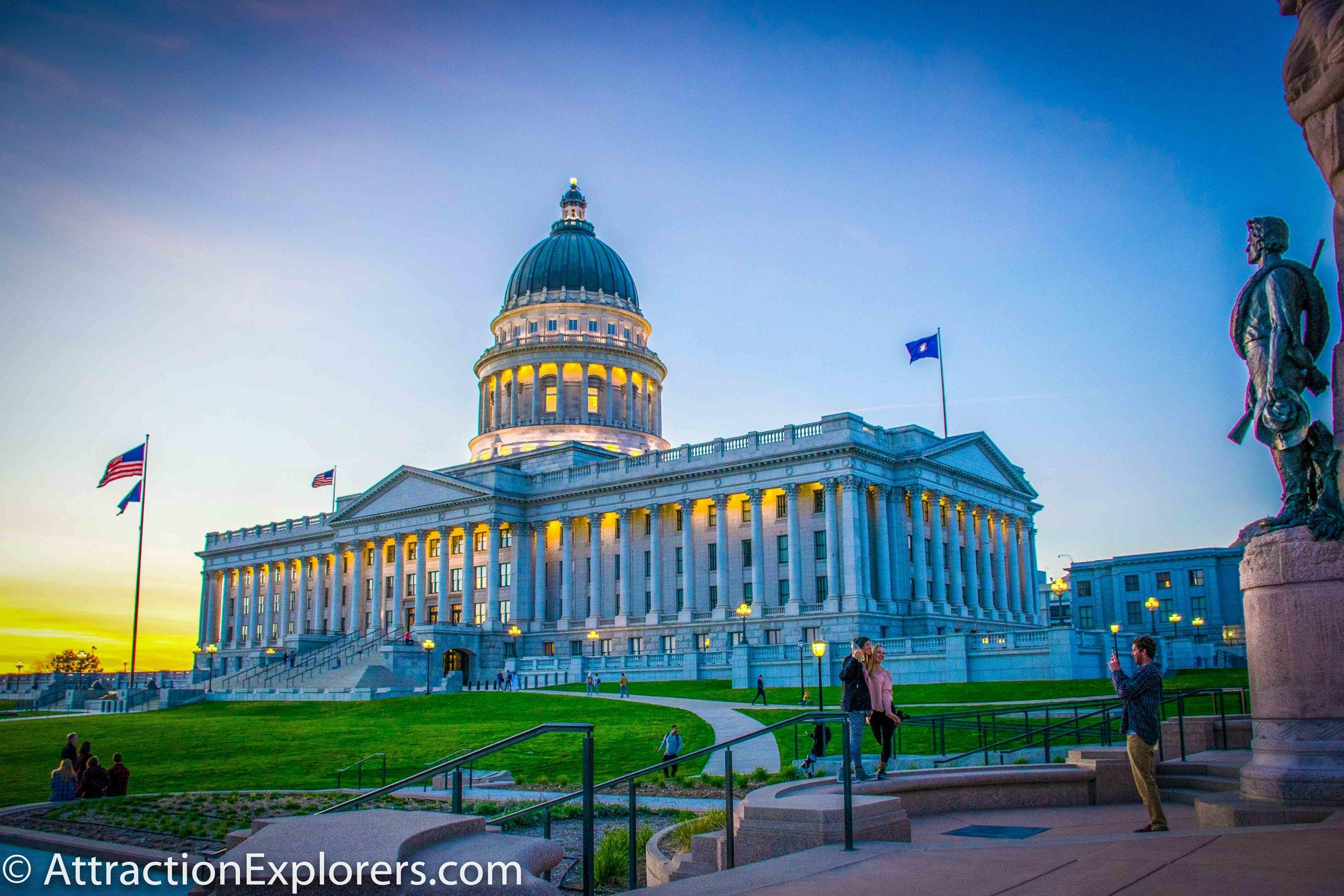 Capitol sunset people posing-2.jpg