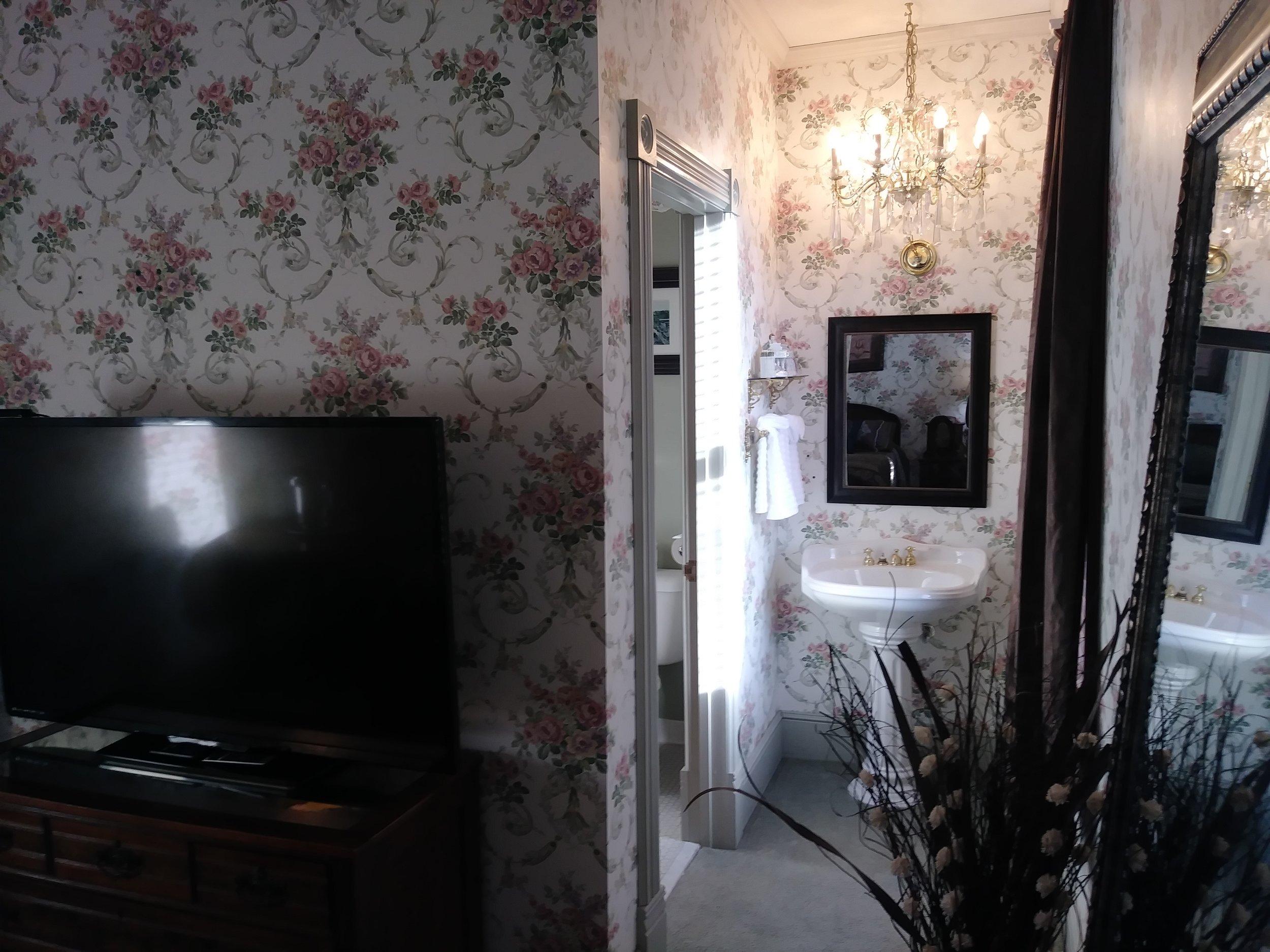 Room 202 09.jpg