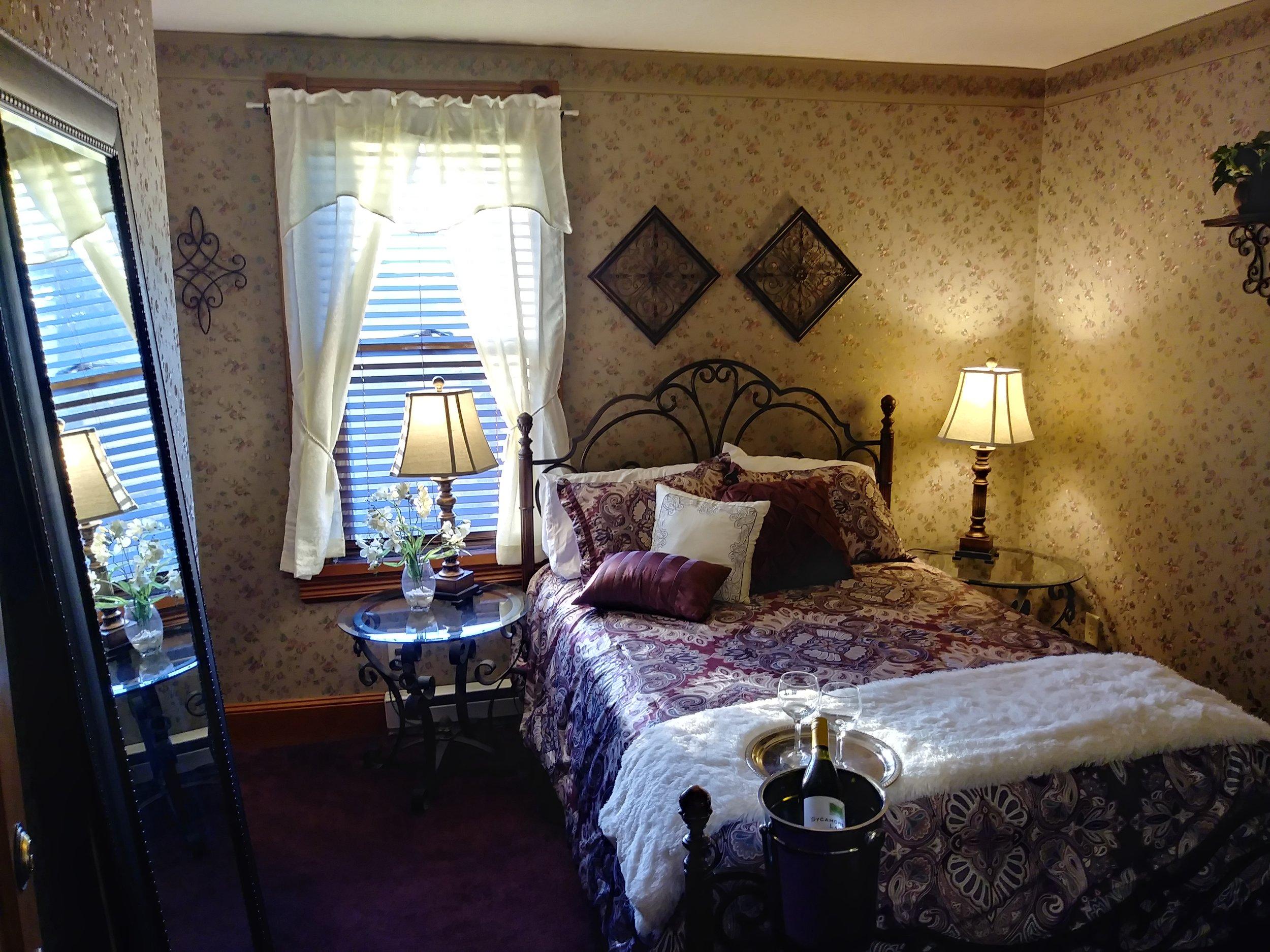 Room 306 08.jpg