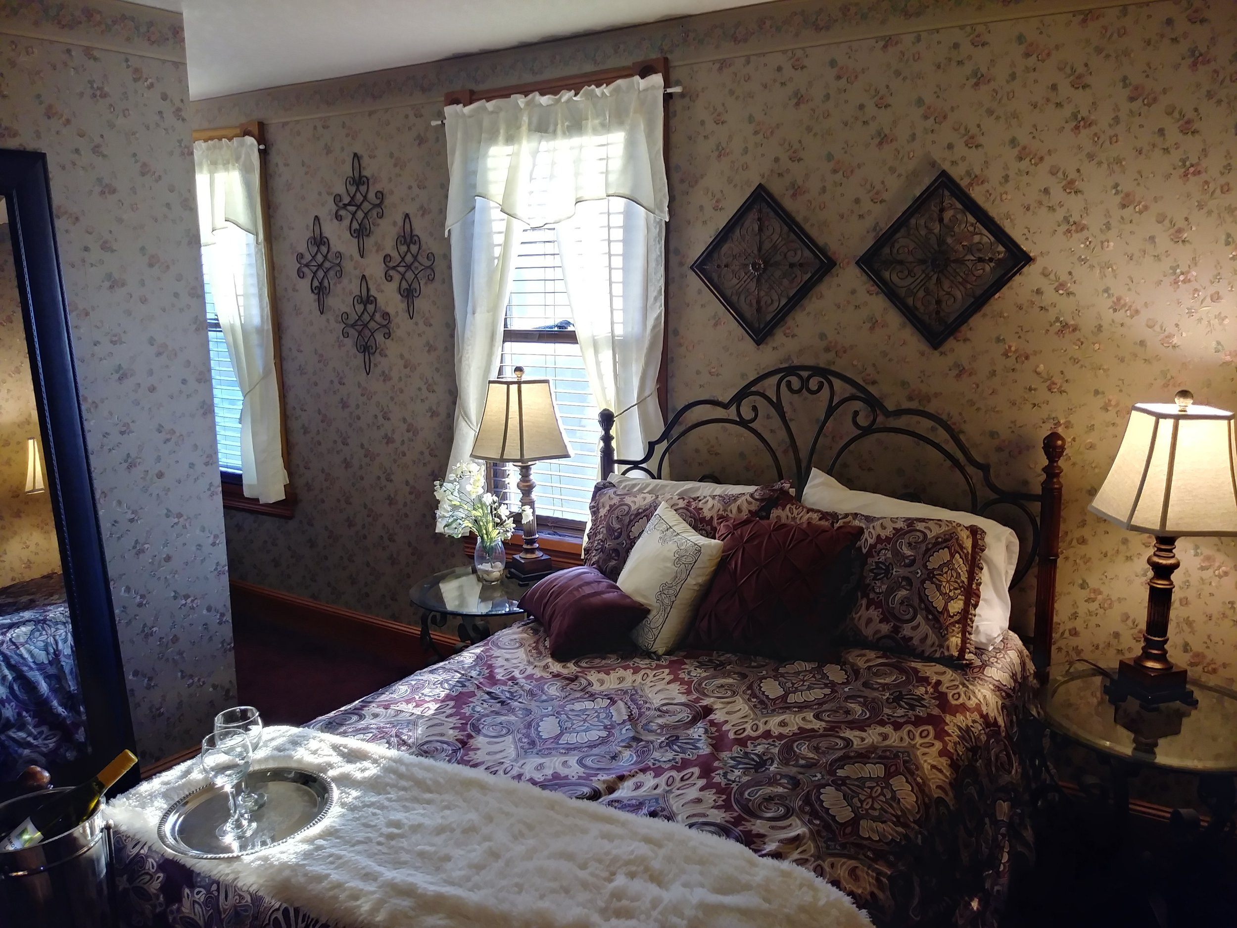 Room 306 10.jpg