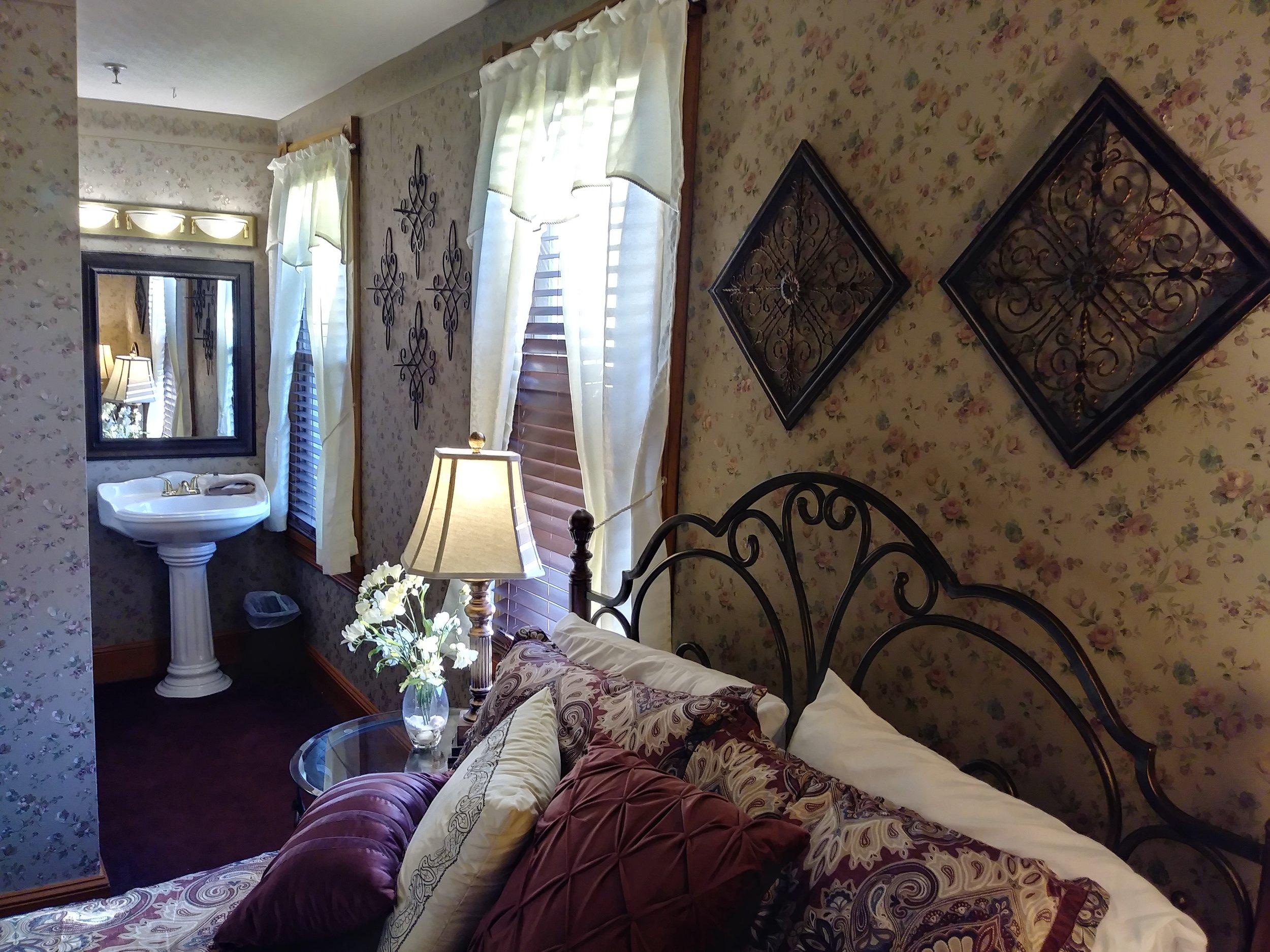 Room 306 11.jpg