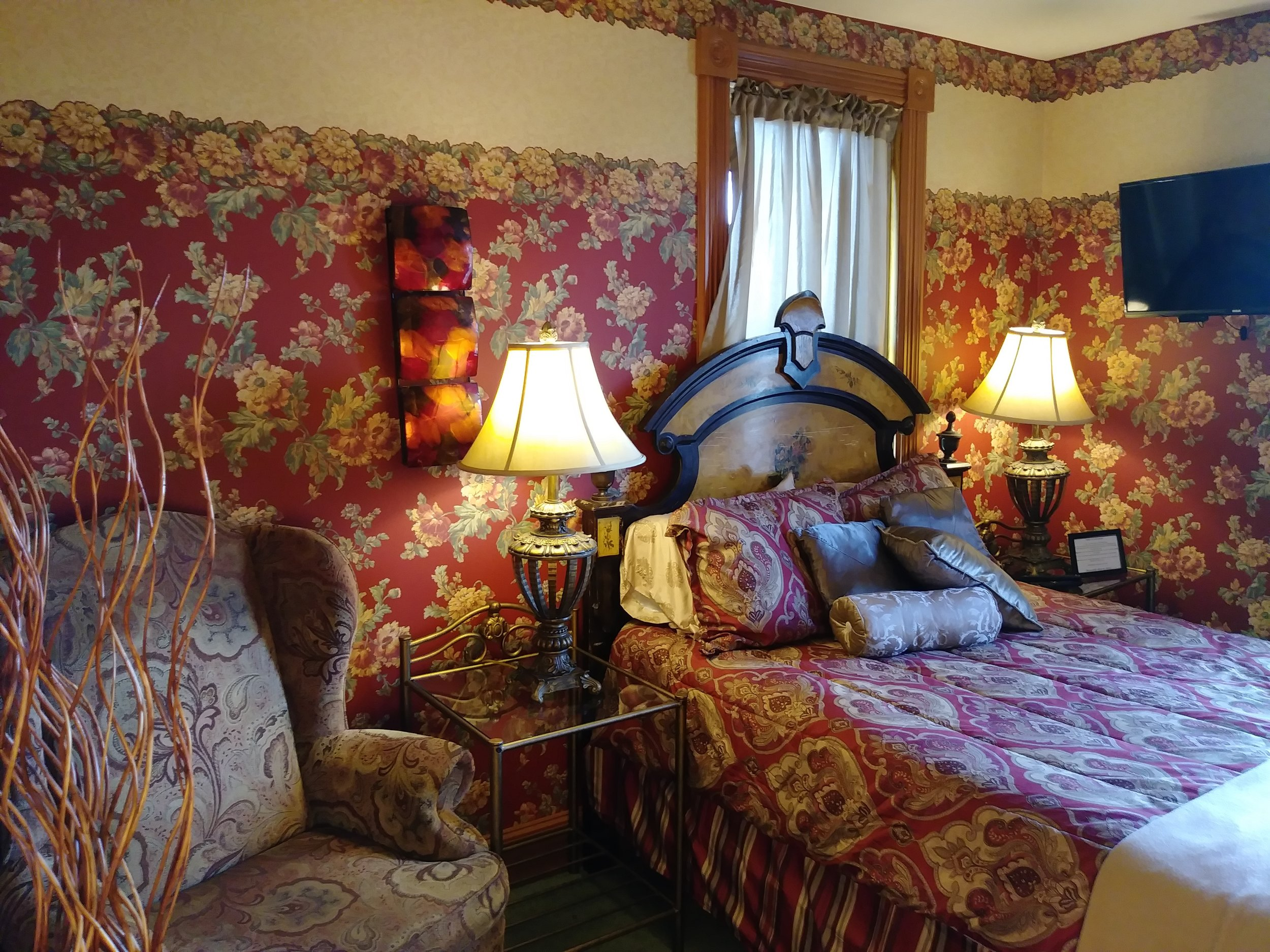 Room 307 02.jpg