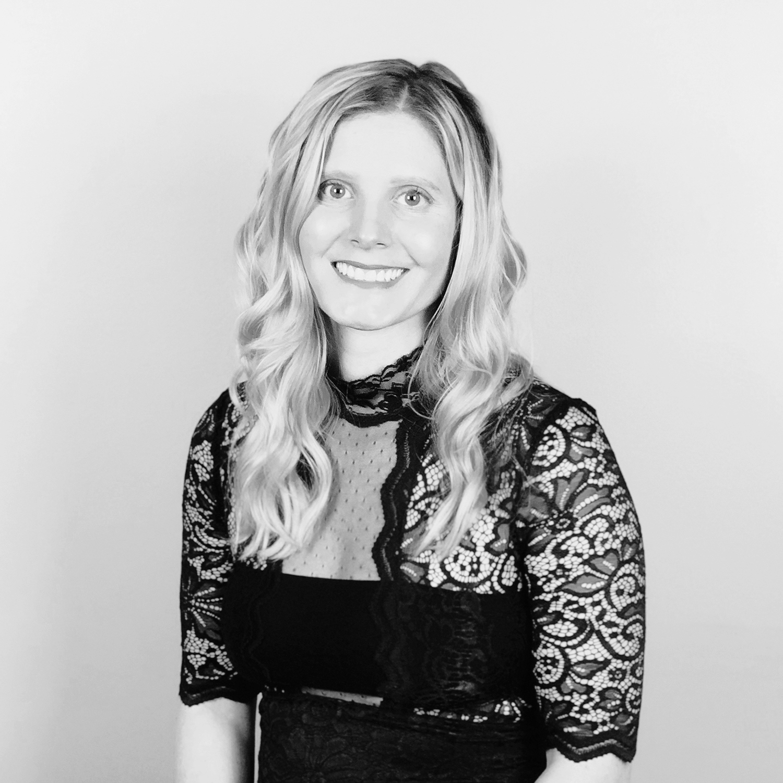 Lacey Boyer - SENIOR DESIGNER
