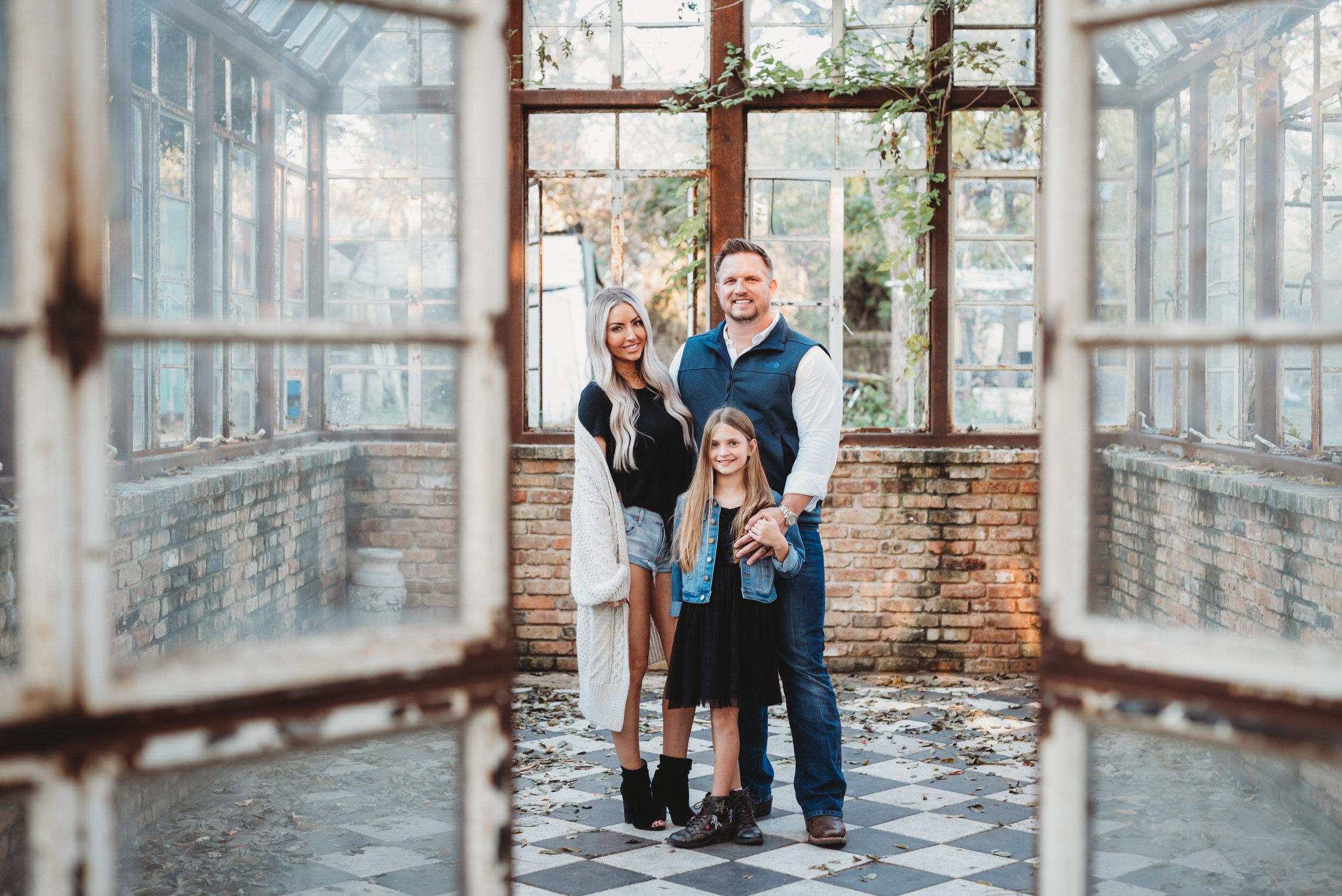 greenhouse family photos