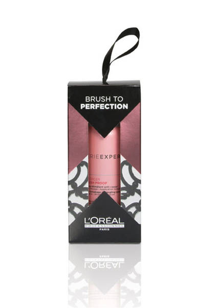 L'Oréal Professionnel Serie Expert Inforcer Brush Proof Detangling Spray Holiday Ornament - Damaged, fragile hair is prone to breakage during brushing and styling. This brush proof detangling spray is applied to the hair before brushing to reduce breakage and damage. Like other products in the Inforce line by L'Oréal Professional Serie Expert, this spray combines Biotin and Vitamin B6 to reach impressive results with little effort.