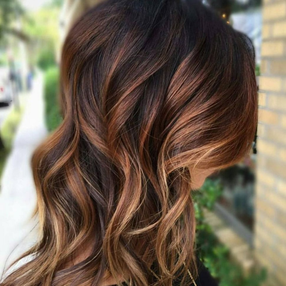Honey_Caramel_Balayage