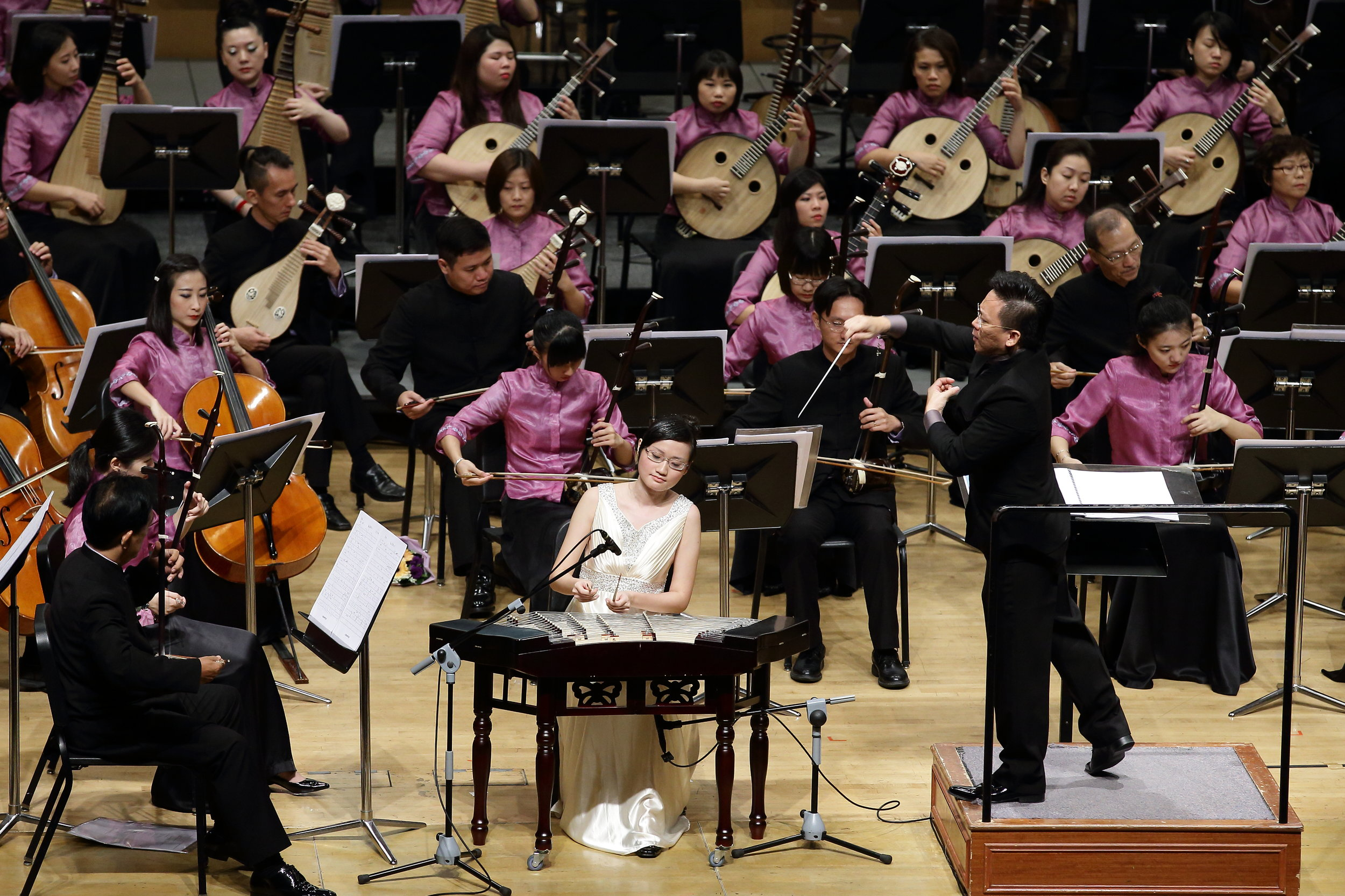 With the Singapore Chinese Orchestra and conductor Mr Quek Ling Kiong, 2014 Photo courtesy of SCO