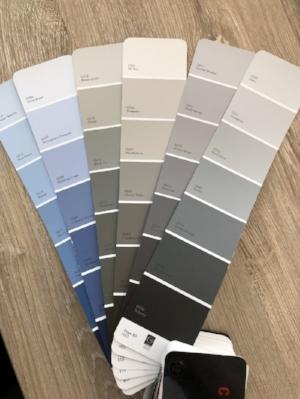 A paint fan deck