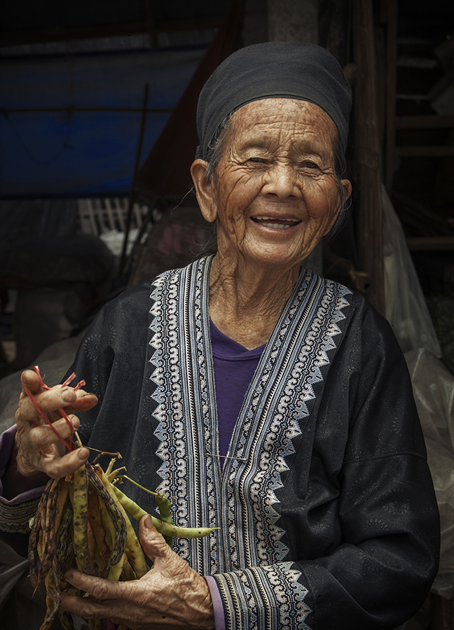 Hill tribe woman / Doi Inthanon National Park in northern Thailand