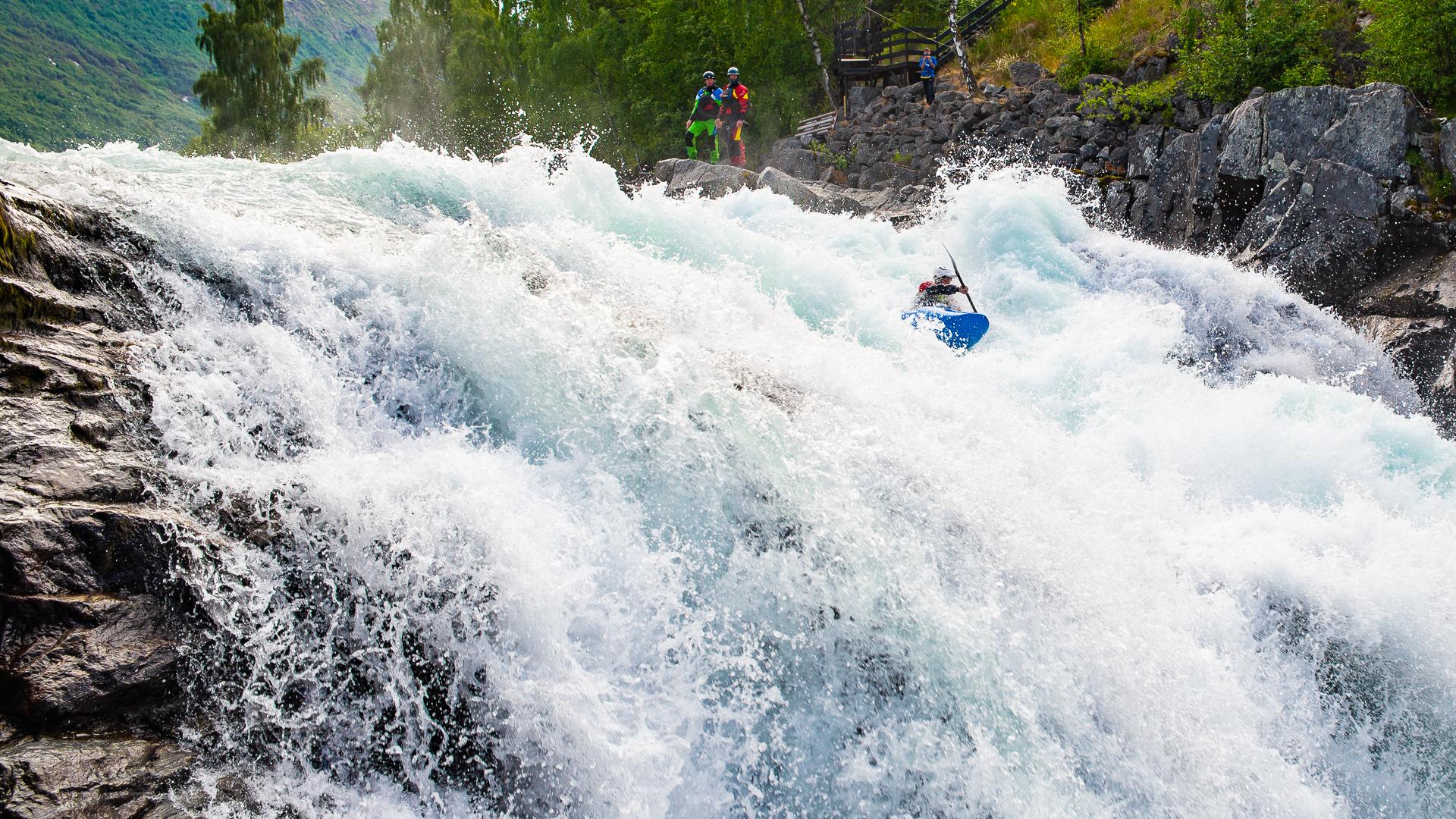 Rafting og elvepadling -